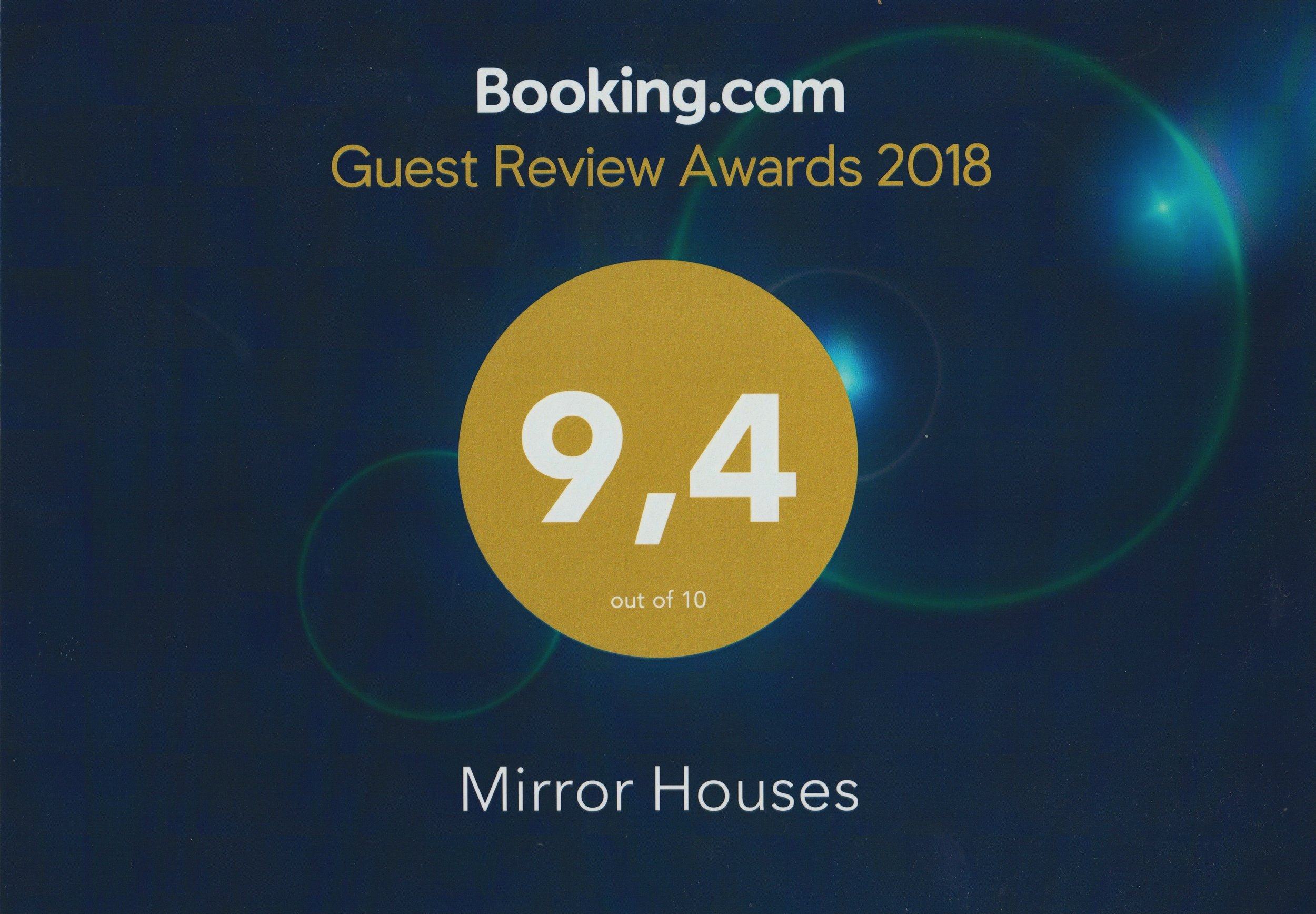WEB Guest Review Awards 2018 Booking.com.png
