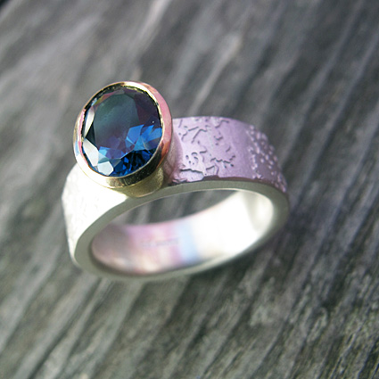 London blue topaz 18ct gold ring 72.jpg