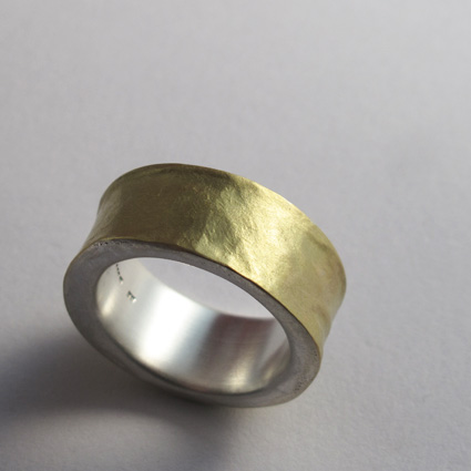 18ct gold and silver melted ring 72_edited-1.jpg