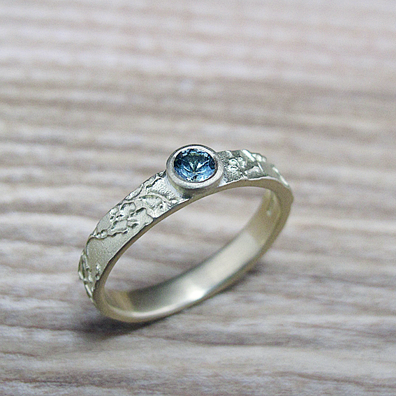Green sapphire narrow Blossom Ring.