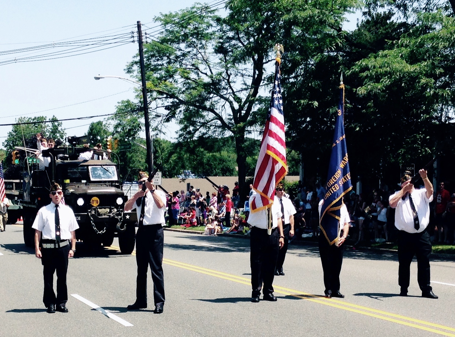 2015 Fourth of July Parade - Scott, Jack and Randy, with flag bearers Emerson & Angel and Riflemen Len & Dan.