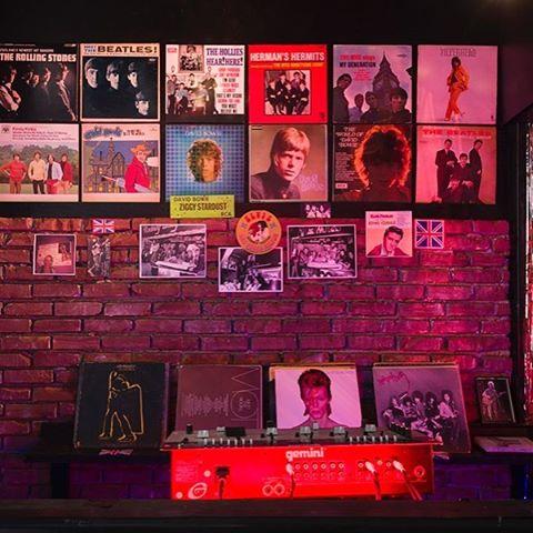 My year-long project with @ltdla and Rodney Bingenheimer, featuring a sculpture inspired by the famed glitter rock club, Rodney Bingenheimer's English Disco on the Sunset Strip in Los Angeles, is coming to an end. I'll be reviewing some of my favorite moments this week!  Special thanks to performers and guests: artists @dirtyroomba @alex.smells  @tkellymason @radamesjuni @rachel_mason  #TonyMcKenzie #NickLowe @ryrocklen #jonahfreemanandjustinlowe  @meghangord actress @therealselmablair writers #JanTumlir @eksnels photographers @bradelterman @kimathomason musicians @davegrohlrp  #PatSmear @therealjenniferherrema @blackbananasband Smokey @deathvalleygirls filmmaker @kansasbowling @leafbox @sylvanavaleri Ian McSpadden, Kirstin Cook, Andrew Emard, Shirley Morales and of course the great Rodney Bingenheimer!  Thanks: @purplefashionmagazine @crfashionbook @wmag @aianews @playboy @autremagazine @losangelesmagazine @marieclaireitalia  #rodneybingenheimer #dennishoekstra #LA #SunsetStrip #glitterrock #sculpture #davidbowie #ltdlosangeles