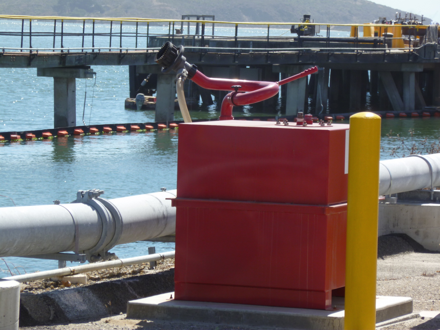 Wharf System with Custom Stainless Steel Foam Tank and Monitor