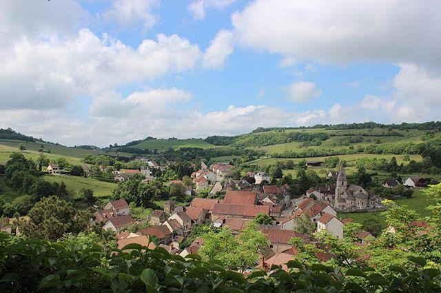 View from the top #markandjeannette #pommard #burgundy #landscape #nofilter