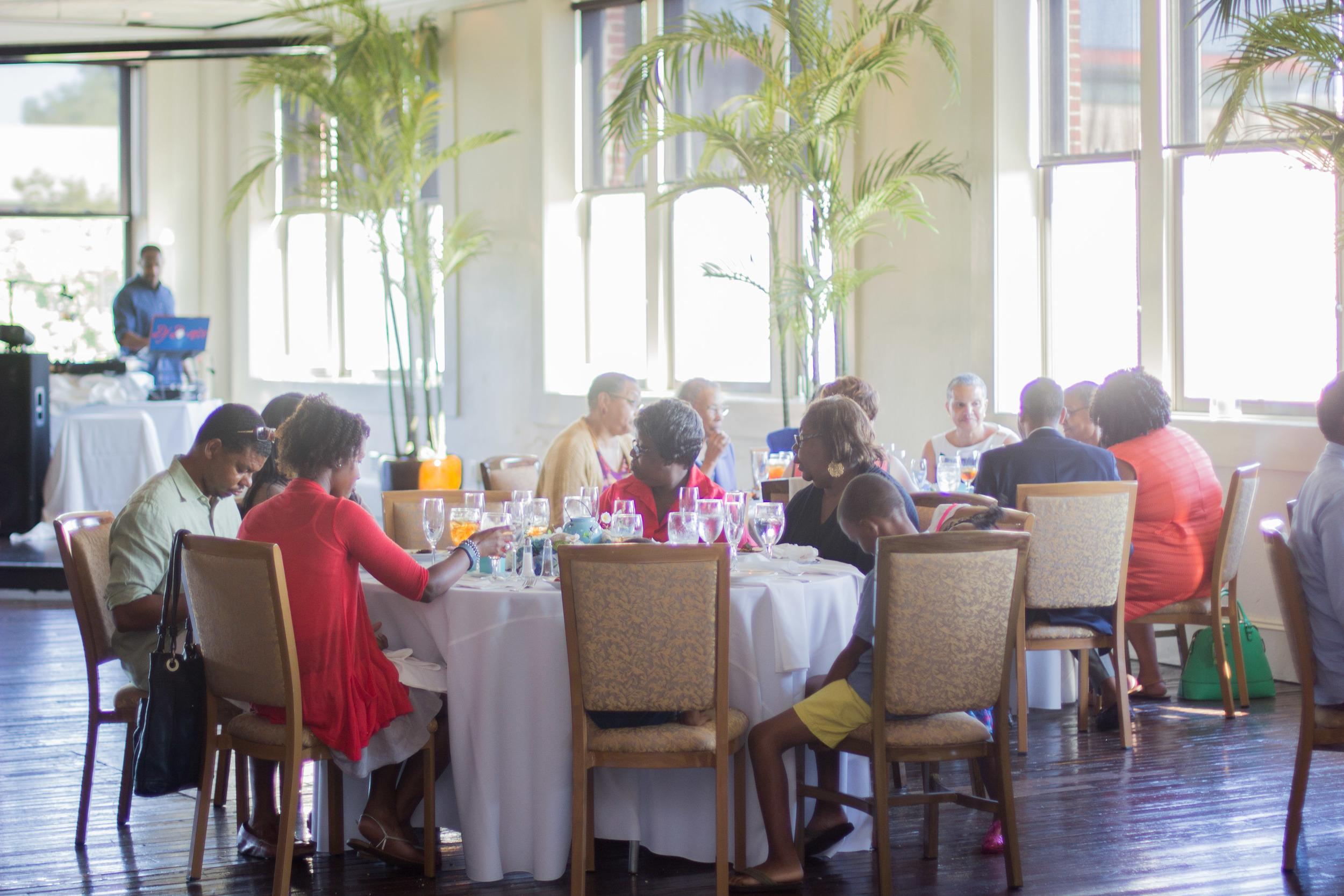 Rustic Aqua Sea Wedding Decor | Martinsborough Wedding Reception - Greenville NC | Bryant Tyson Photography