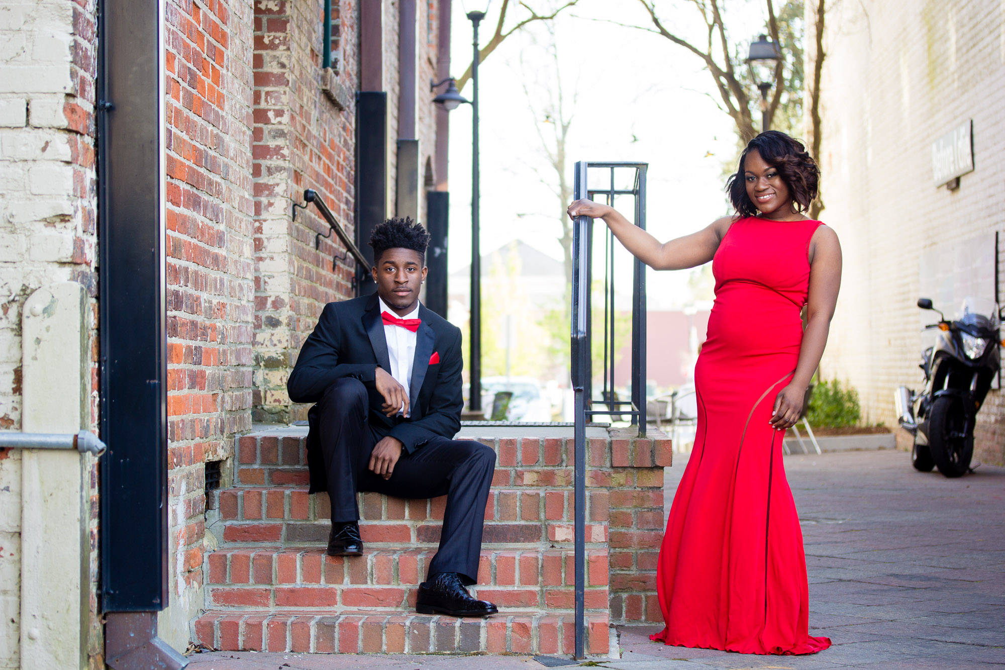 Prom Pose Ideas | Talasha Smith Prom Portraits 2016 | Senior Photographer | Greenville NC Photographer | Uptown Greenville — Startlight Cafe | Bryant Tyson Photography