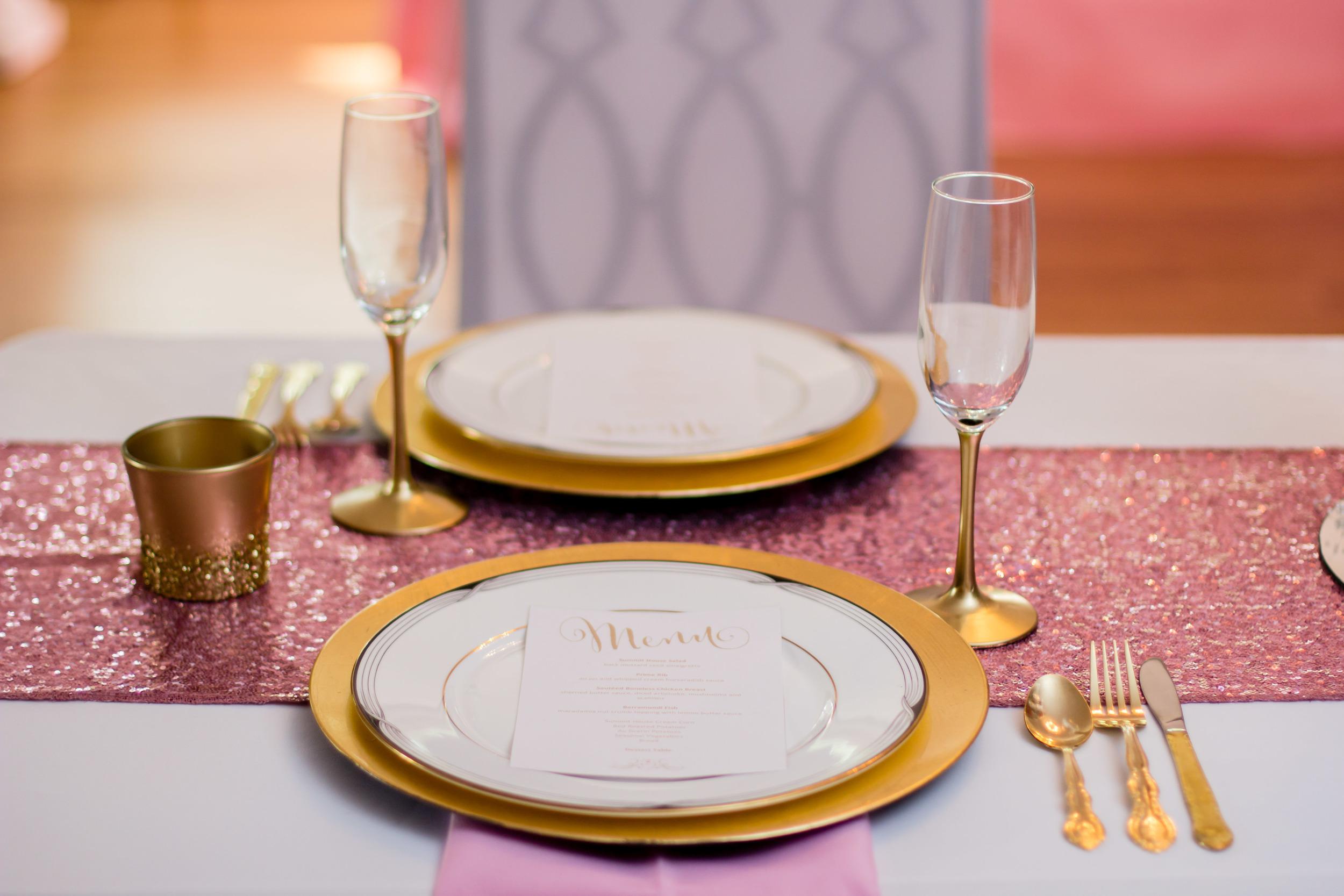 Eastern NC Styled Wedding Shoot | Gurley House Wedding | Bryant Tyson Photography | Diamonds + Pearls | www.memoriesbybryant.com