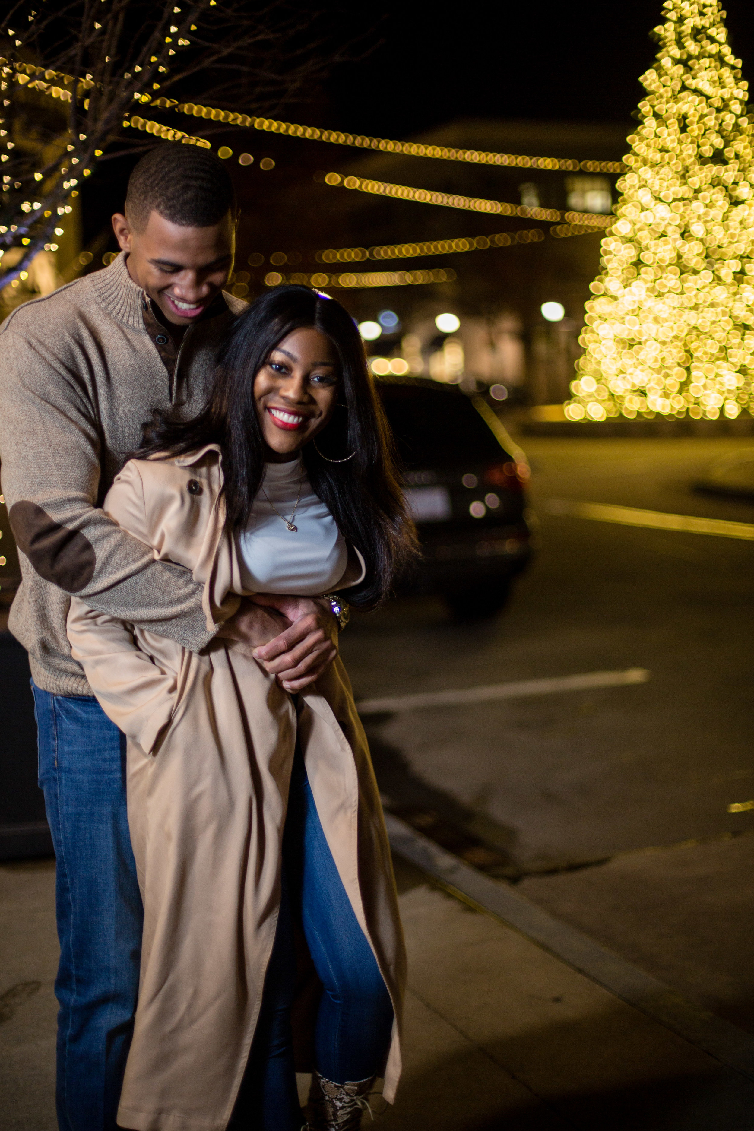 North Hills Raleigh Date Night Photoshoot | Cleveland + Leasia | Date Night Mini Session | Raleigh NC Photographer | Bryant Tyson Photography | www.memoriesbybryant.com