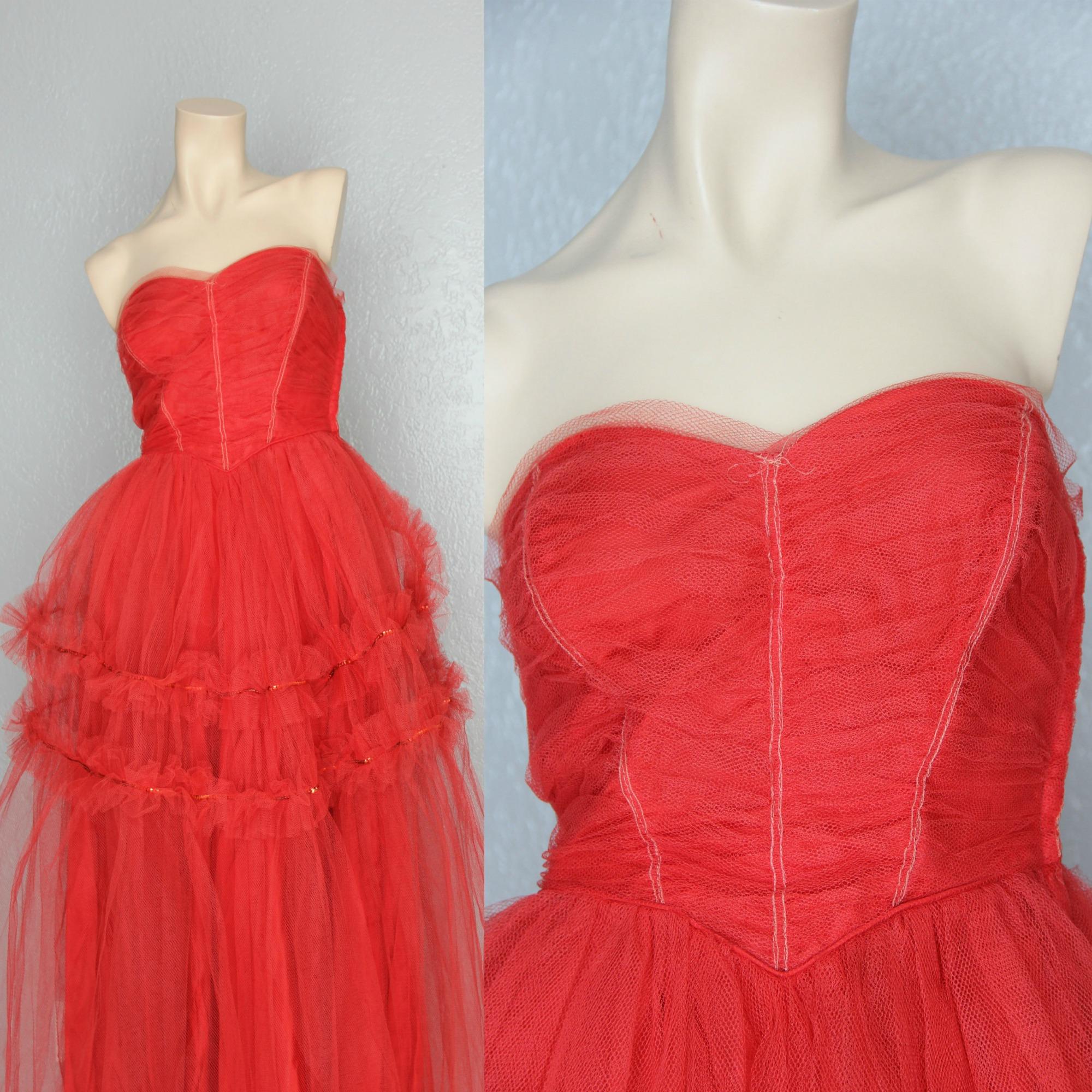 red Maeberry Vintage