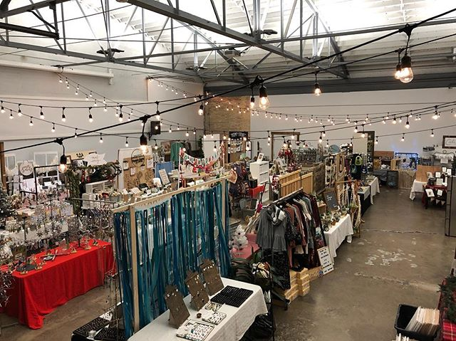 🎄This is what 75 NEW vendors looks like! 😍 Lots of beautiful new Christmas goodies in store. We are set up and ready for you - doors open at 10am tomorrow (Thursday)! #makersmarketutah #beehivebazaar #buylocalutah #shopbeehive #handmadeutah #utahcraftfair #🐝