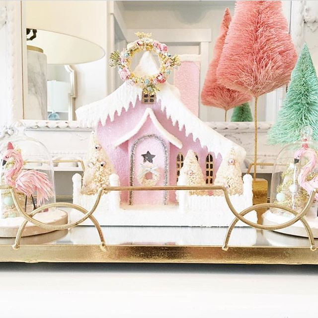 A very Merry Christmas from us to you - we hope your day was filled with love and light! Thanks to @emilyadamsondesigns for this gorgeous Christmas scene capture - with a few treasures from the #BeehiveBazaar! Wishing you and yours all the best 💖