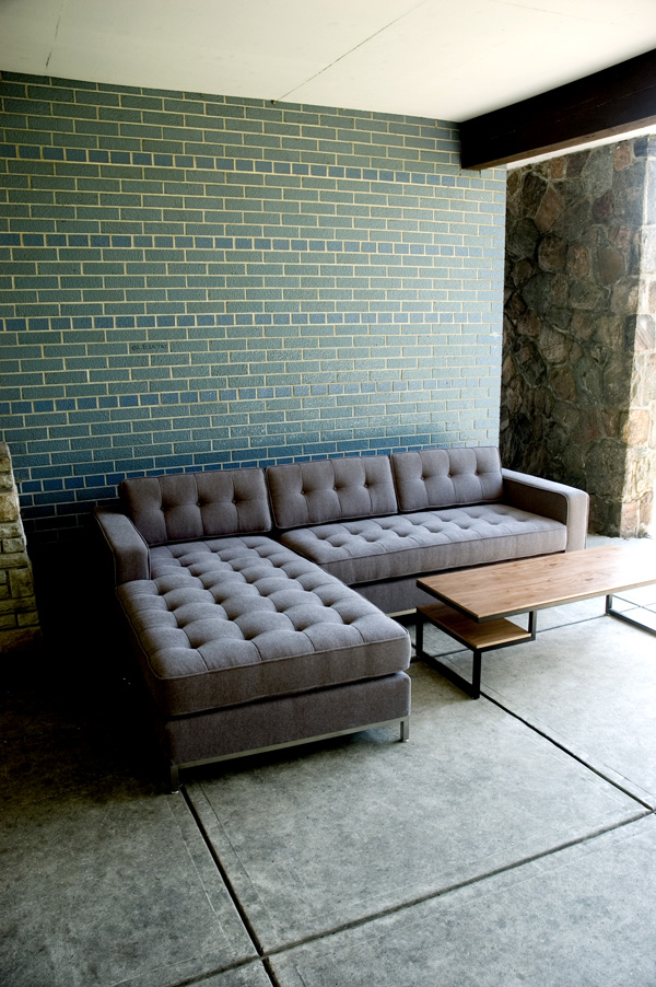Jane-BiSectional02.jpg