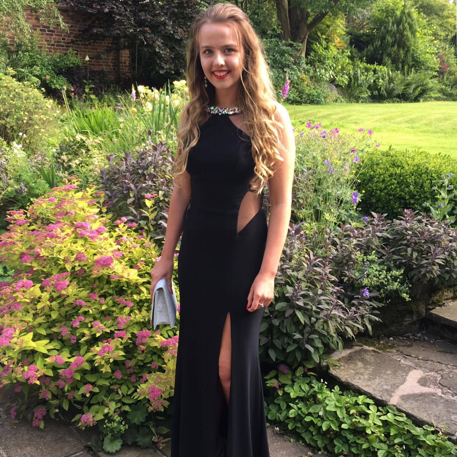 Wonderful service . Comes as a great package with the choice of dresses and the tailor next door to make them fit perfectly. A very happy Prom Girl A*