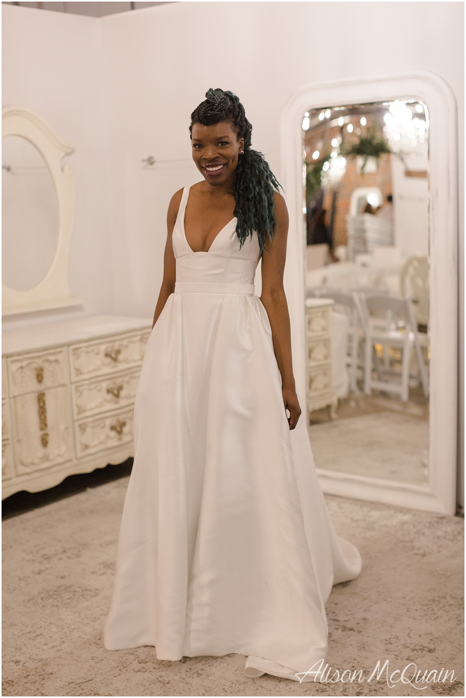 Look at the detail at the waist. Shout out 40's/50's! Maybe I stalked her and that gown a bit but hey,  Adaeze  loved it so much she didn't want to take it off. I feel like if she liked it that much I was ok to follow her around until I got this pic.