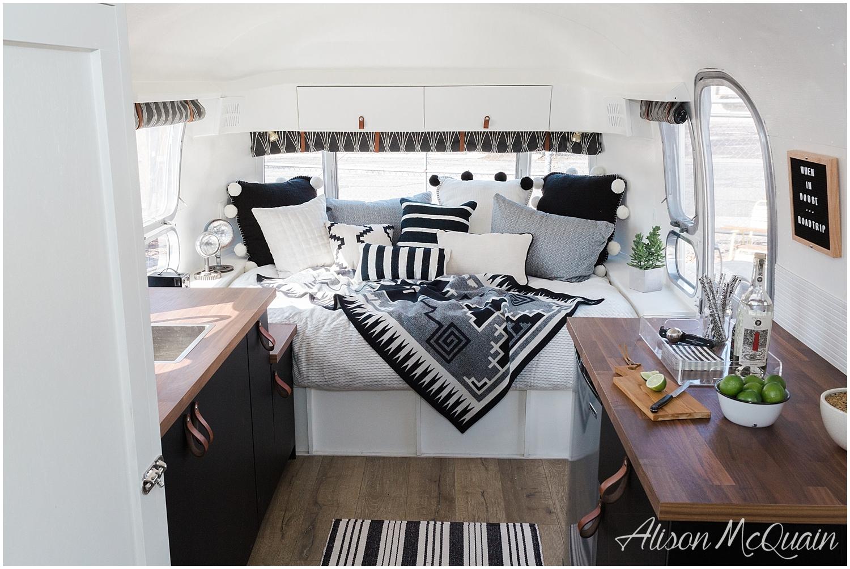 ColoradoCaravan_Airstream_Denver_Alisonmcquainphotography_2018-04-27_0012.jpg