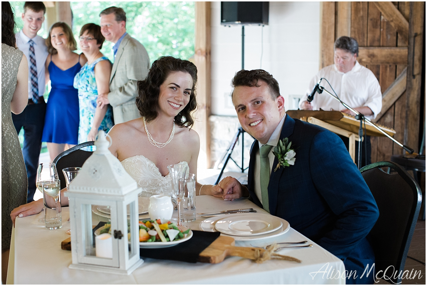 2018-05-23_0024LandC_wedding_dancingbearlodge_townsend_tn_amp.jpg