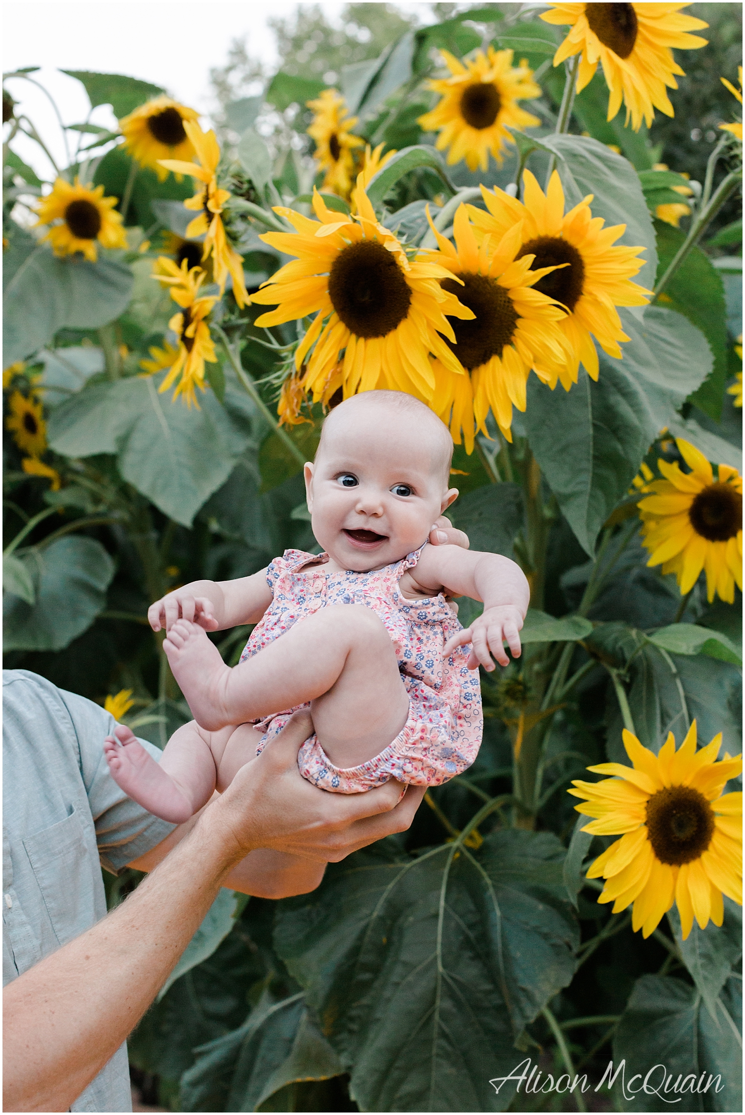 Claire_DenverBotanicGarden_Family_foreveryseason_AMPhoto_Aug2018_0035.jpg