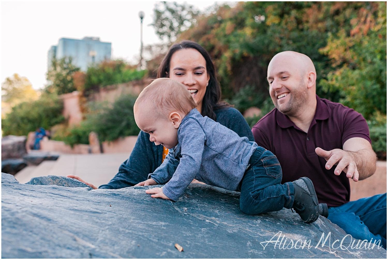 Family_Loz_Downtown_Denver_AlisonMcQuainPhotography_0004.jpg