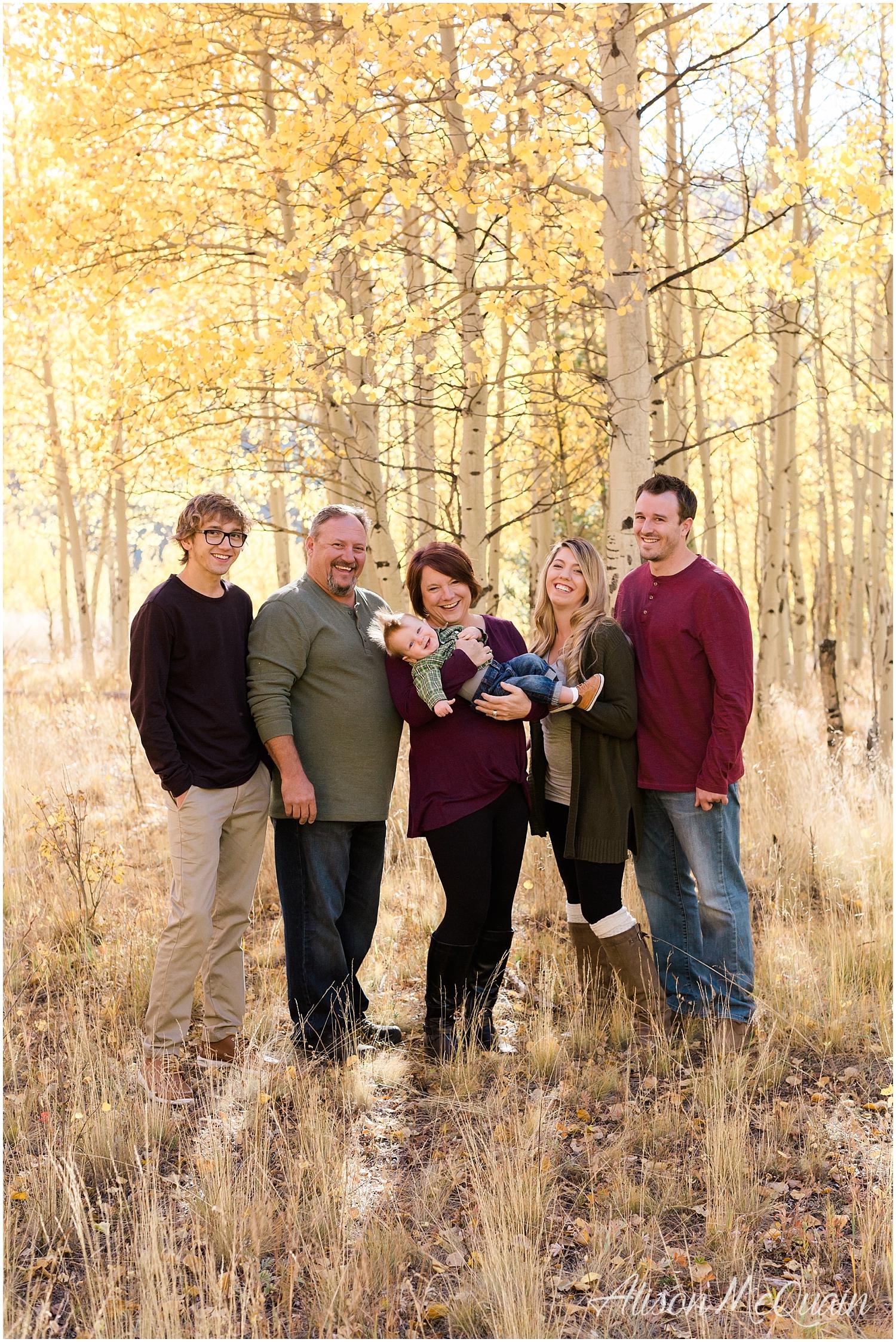 Family_Carlson_KenoshaPass_Colorado_AlisonMcQuainPhotography_0010.jpg