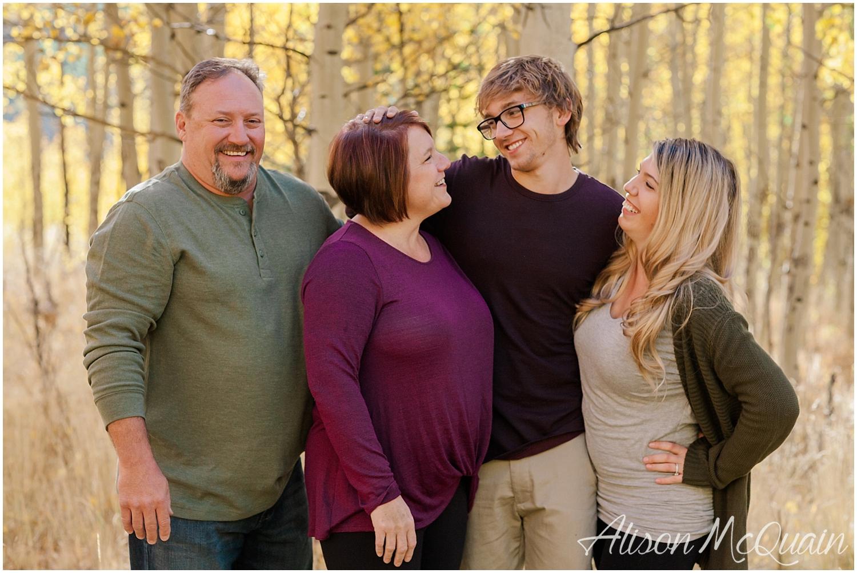 Family_Carlson_KenoshaPass_Colorado_AlisonMcQuainPhotography_0009.jpg