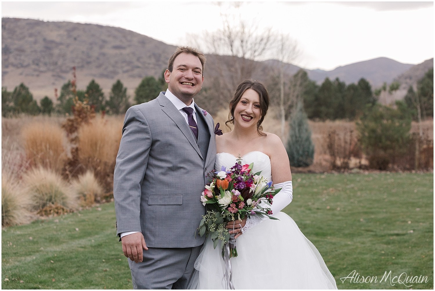 Zako_Wedding_ChatfieldFarm_Denver_Fall_2018_AlisonMcQuainPhotography_0001.jpg