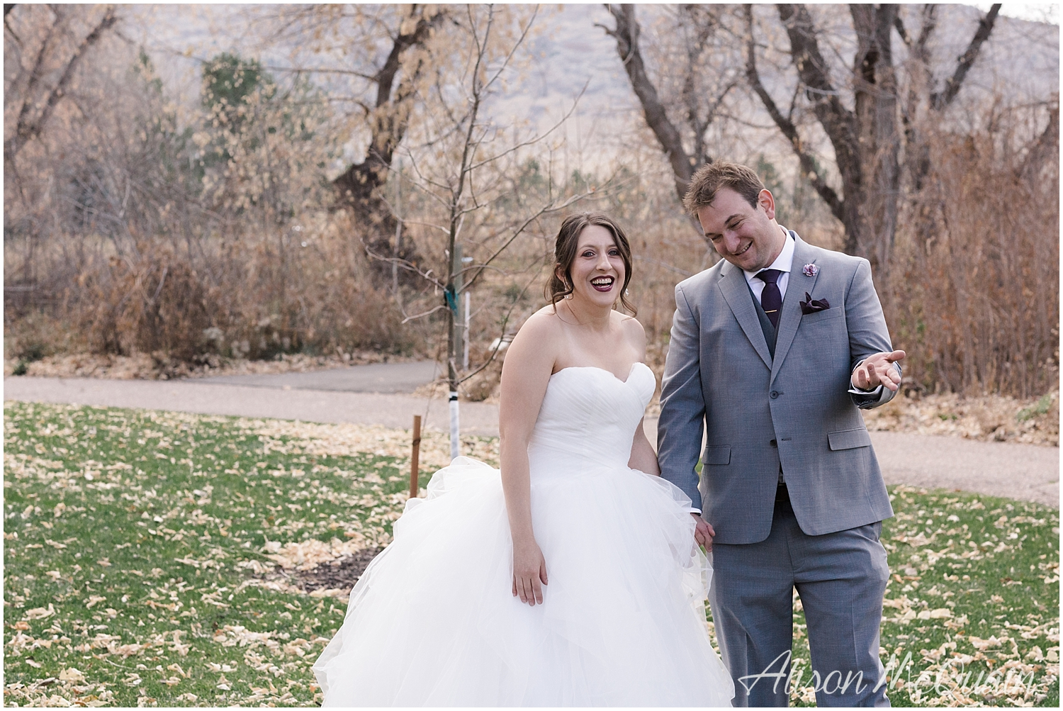 Zako_Wedding_ChatfieldFarm_Denver_Fall_2018_AlisonMcQuainPhotography_0009.jpg