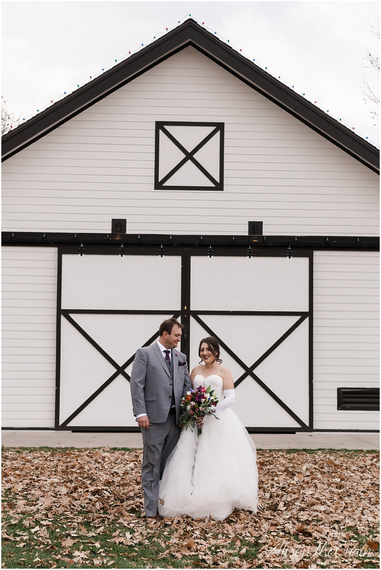 Zako_Wedding_ChatfieldFarm_Denver_Fall_2018_AlisonMcQuainPhotography_0035.jpg