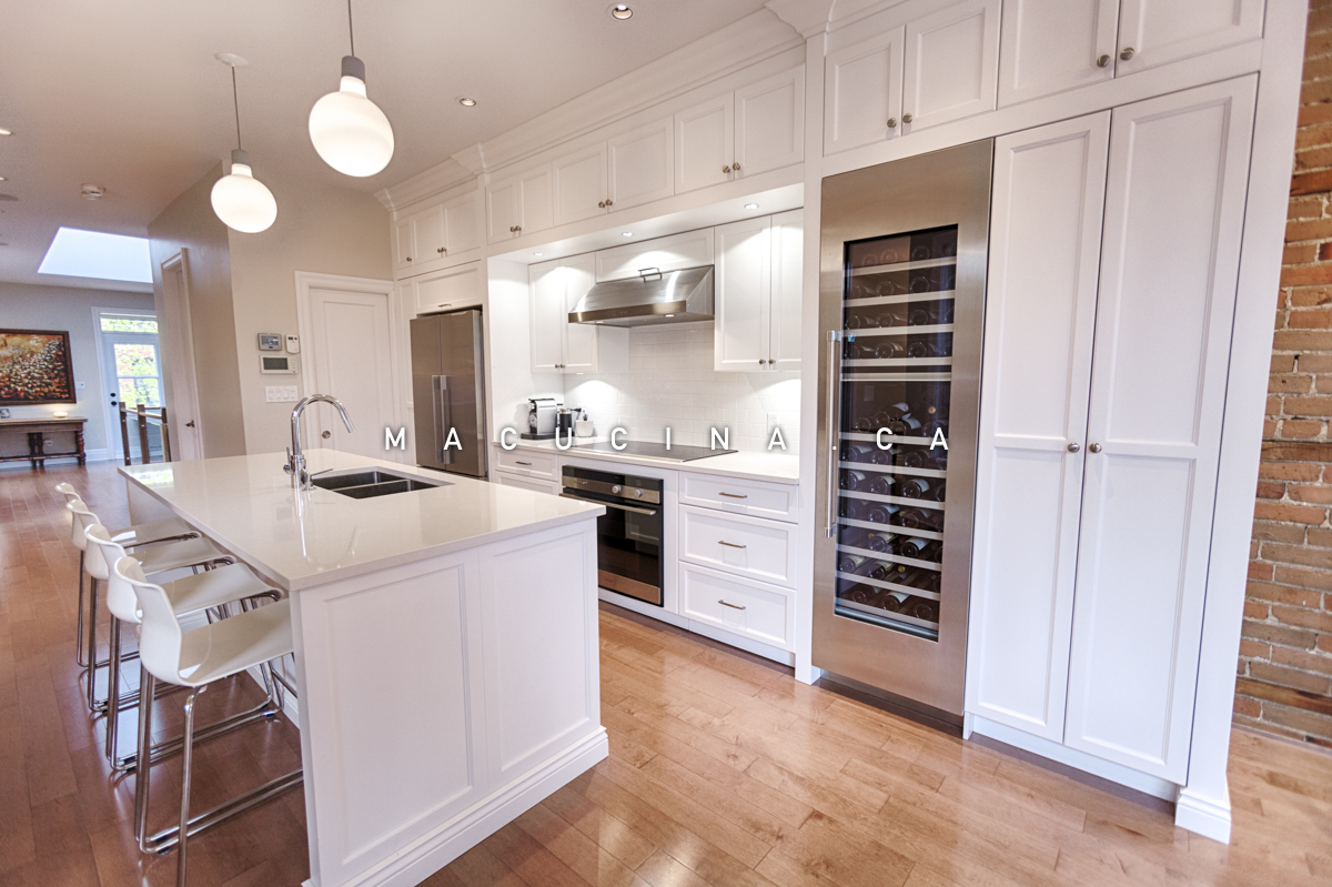 Cuisine-blanche-5-cuisine-armoires-blanches-style-shaker.jpg