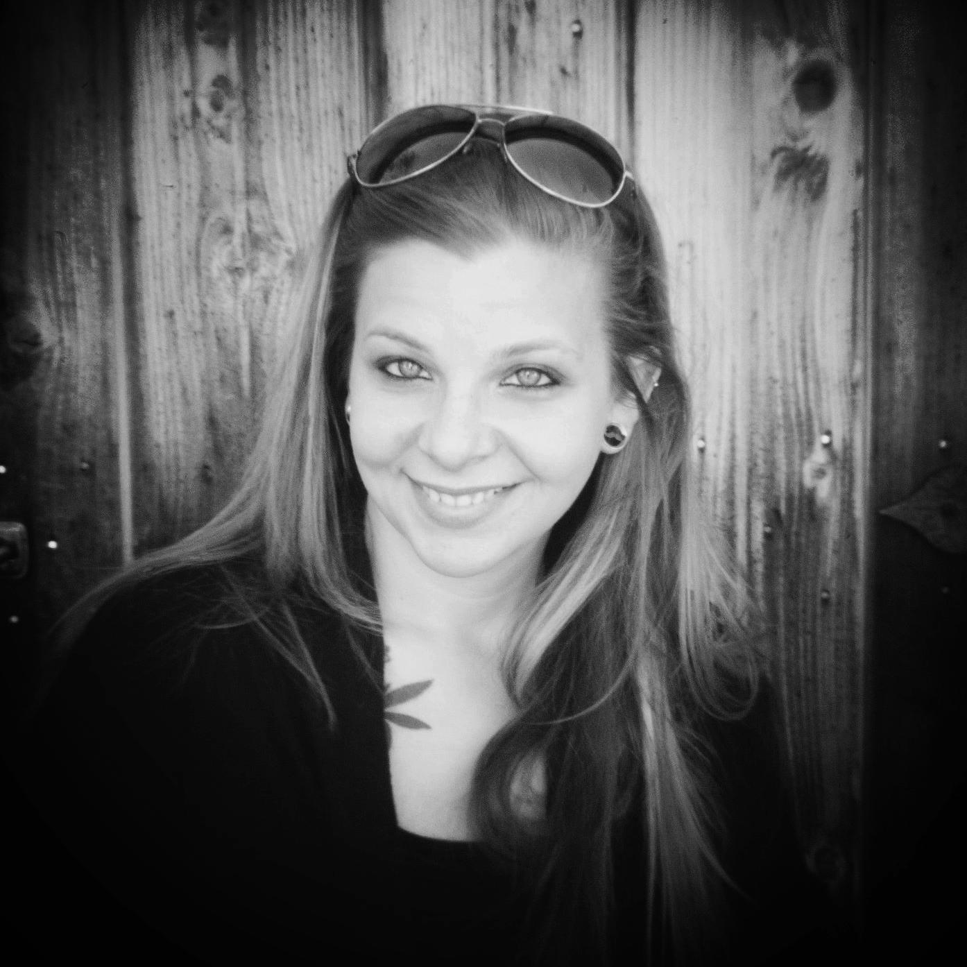 Erika Letitia - Modern and Creative