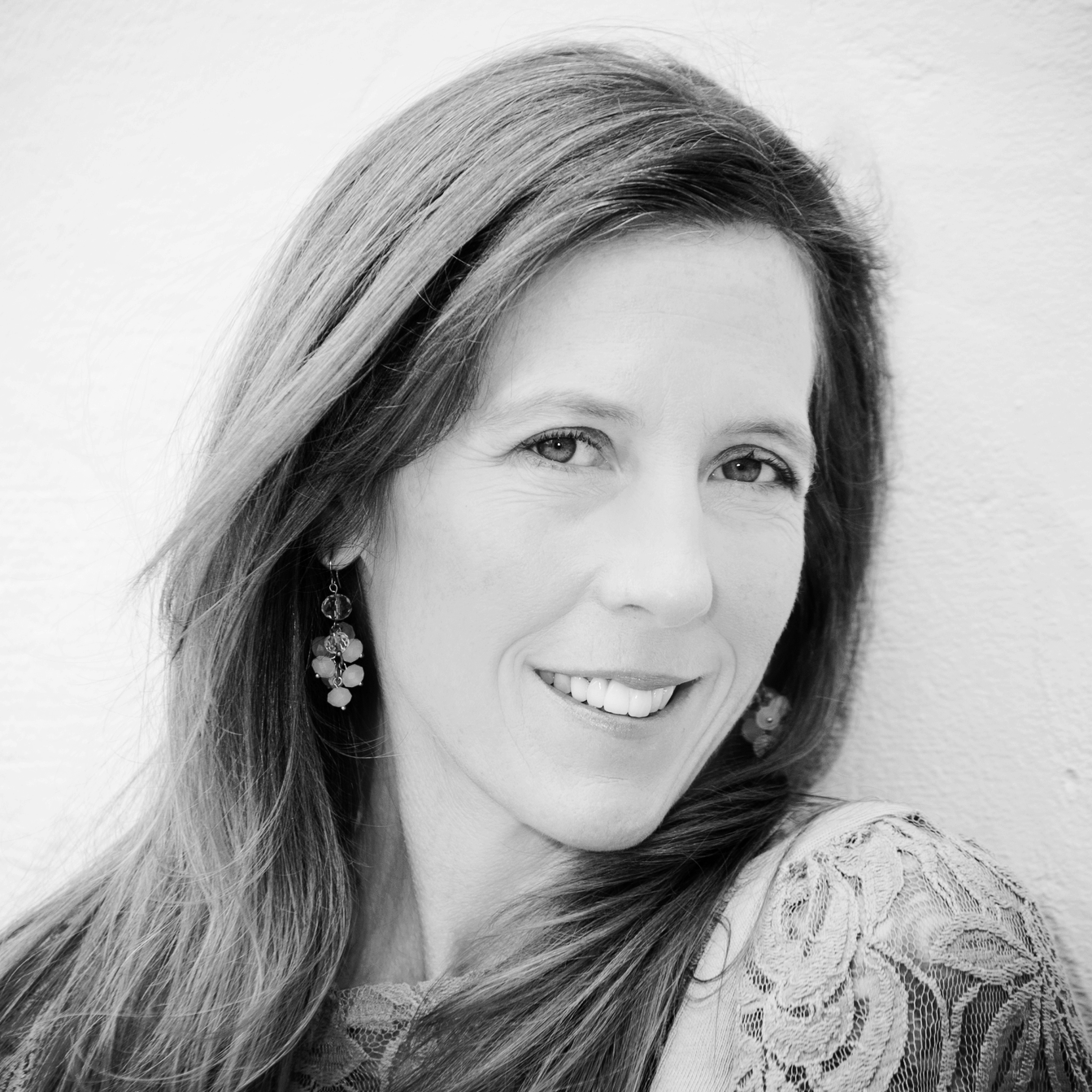 Leah Macdonald - Edgy and Artistic