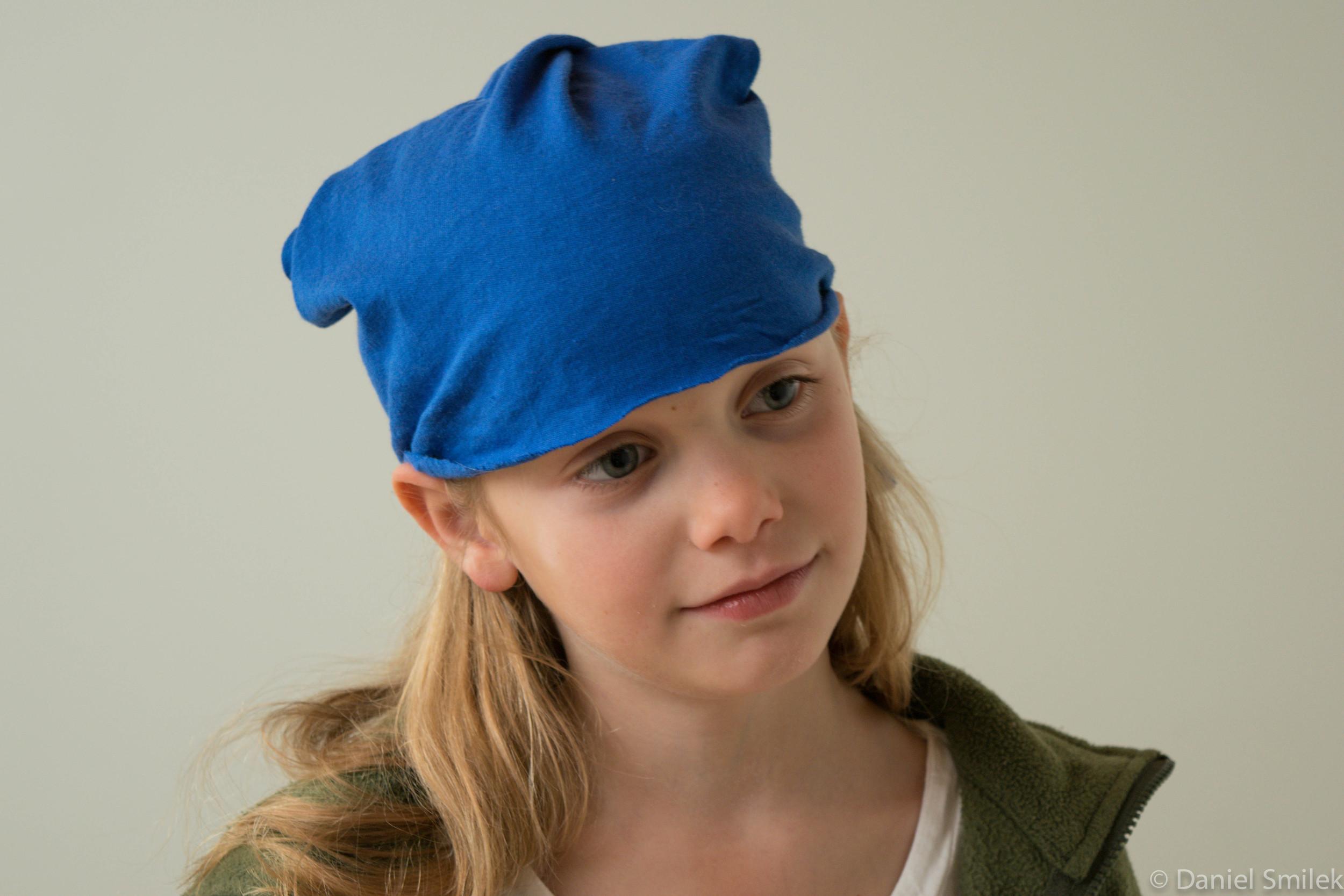 Cousin Eva wearing the tubular bandana she made.