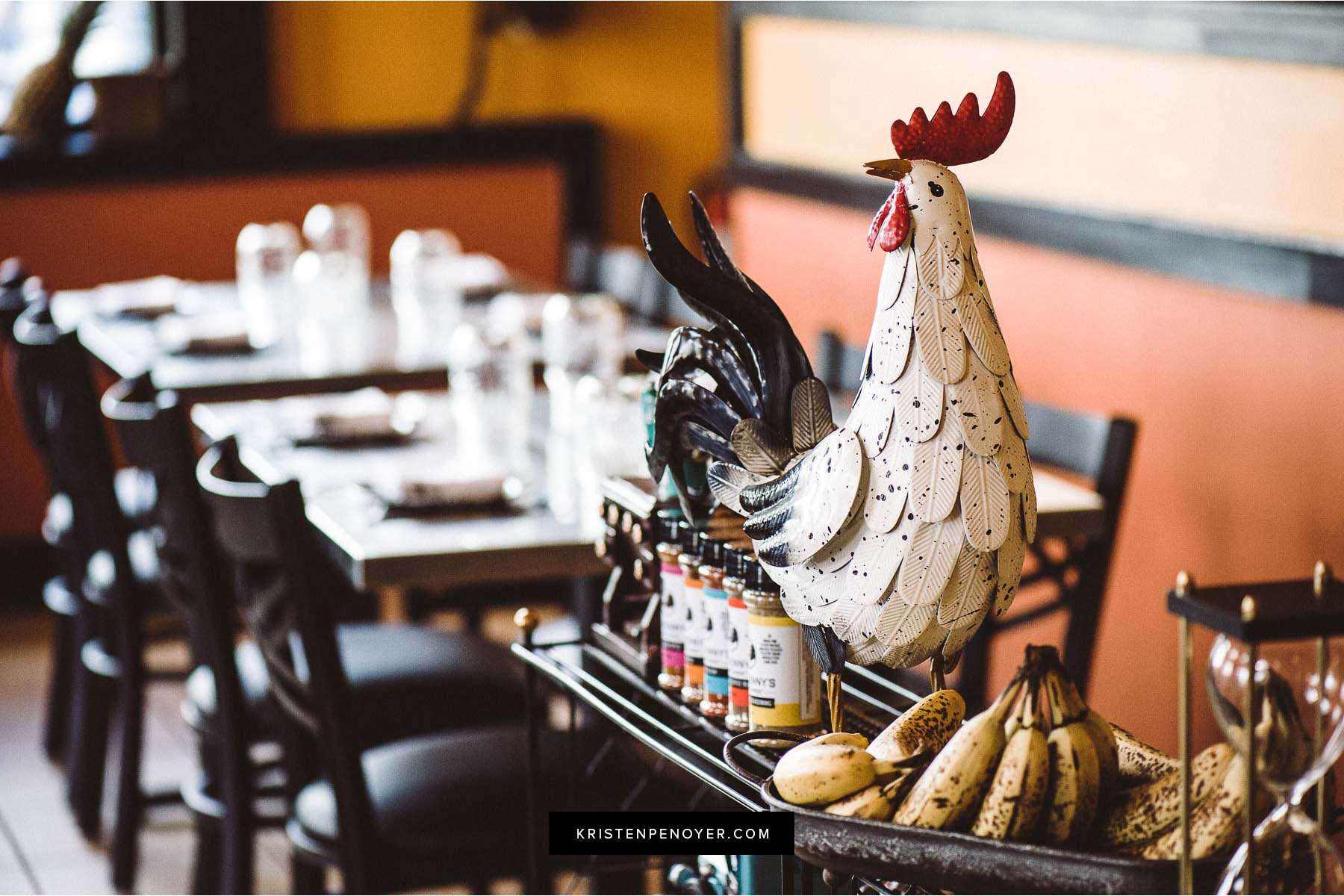 Restaurant photography with Gilbert's Social in Jacksonville, Florida.