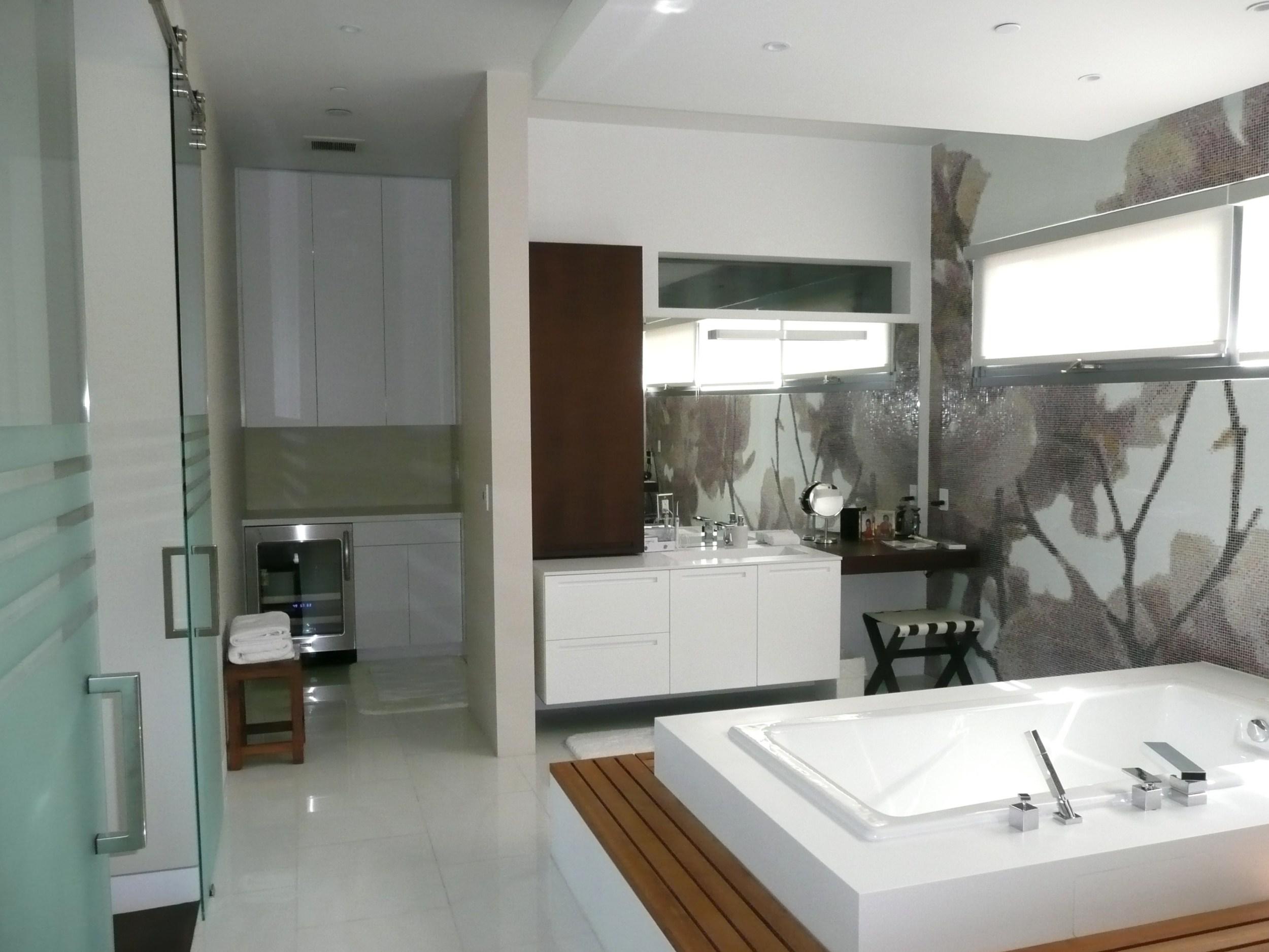 Astani Residence 003.JPG