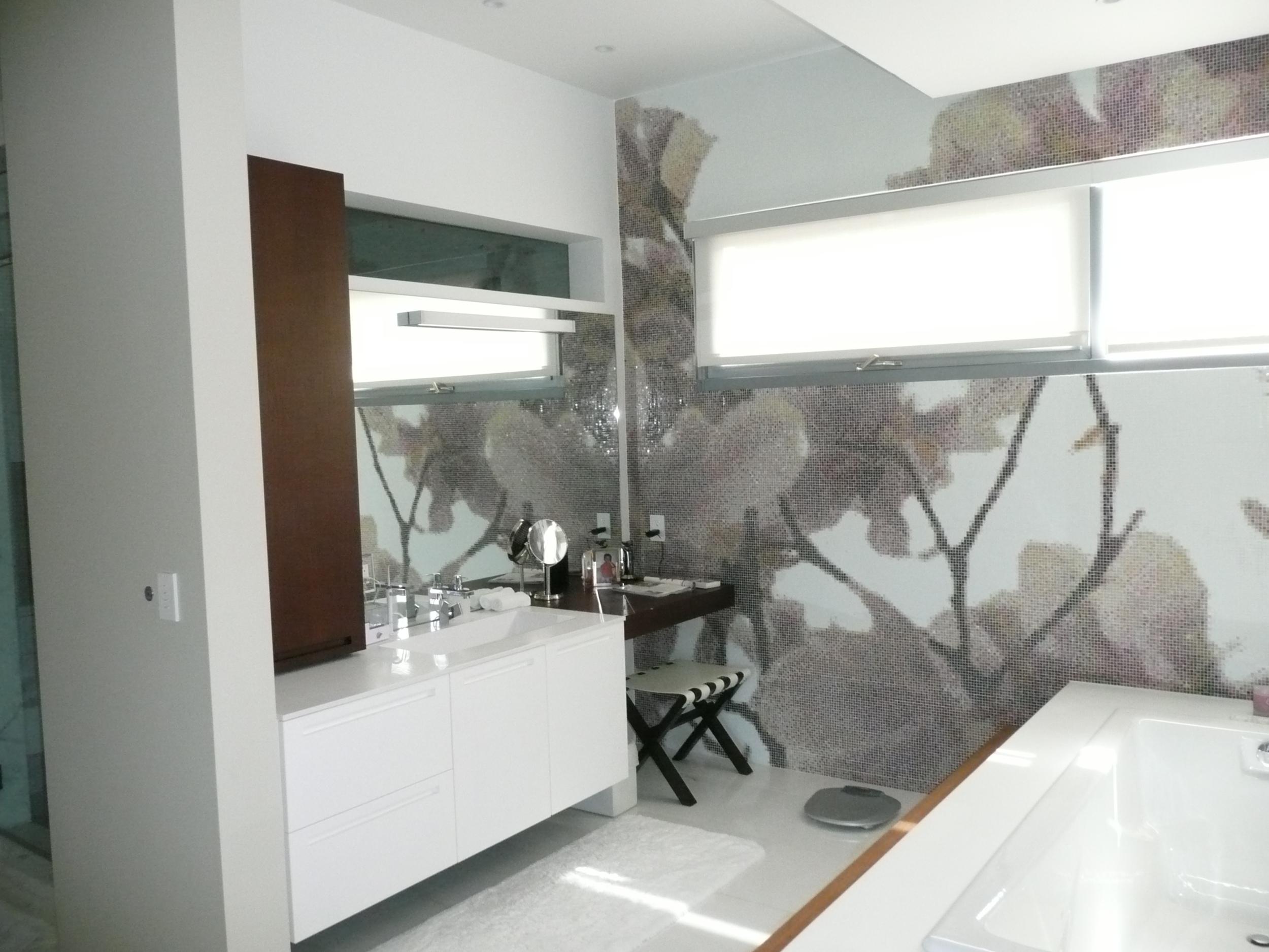 Astani Residence 002.JPG