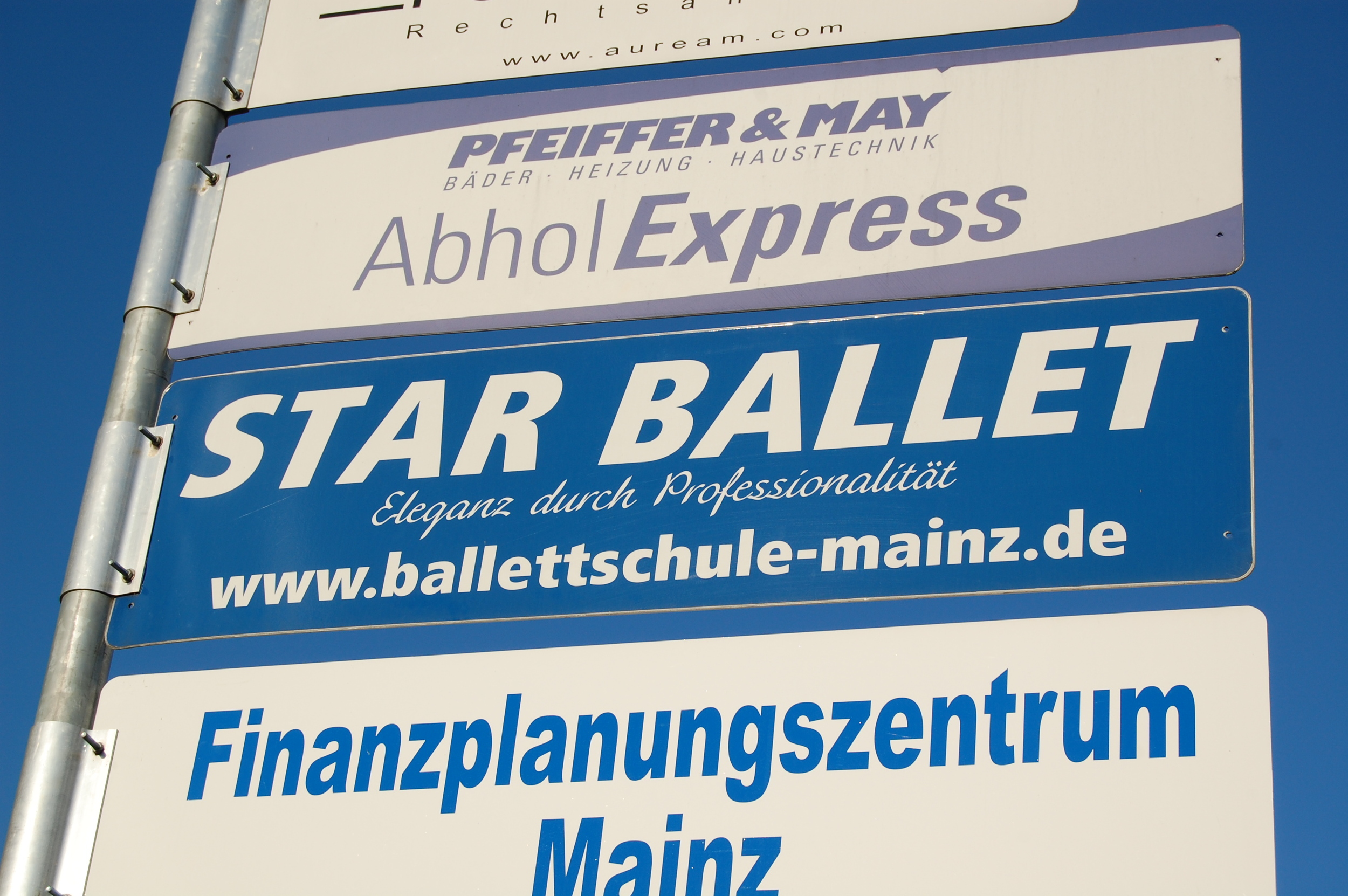"""Star Ballet in Mainz-Gonsenheim is the closest dance studio to my side of town. """"Elegance through professionalism."""""""