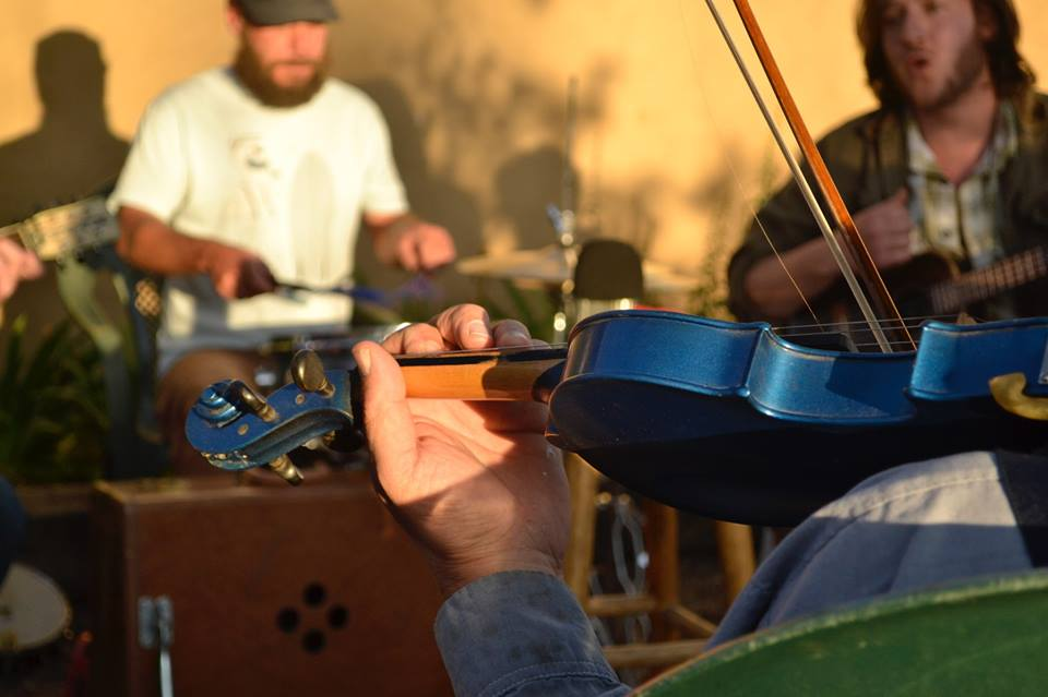 Bluegrass Jam. Photo credit : Layla Joon