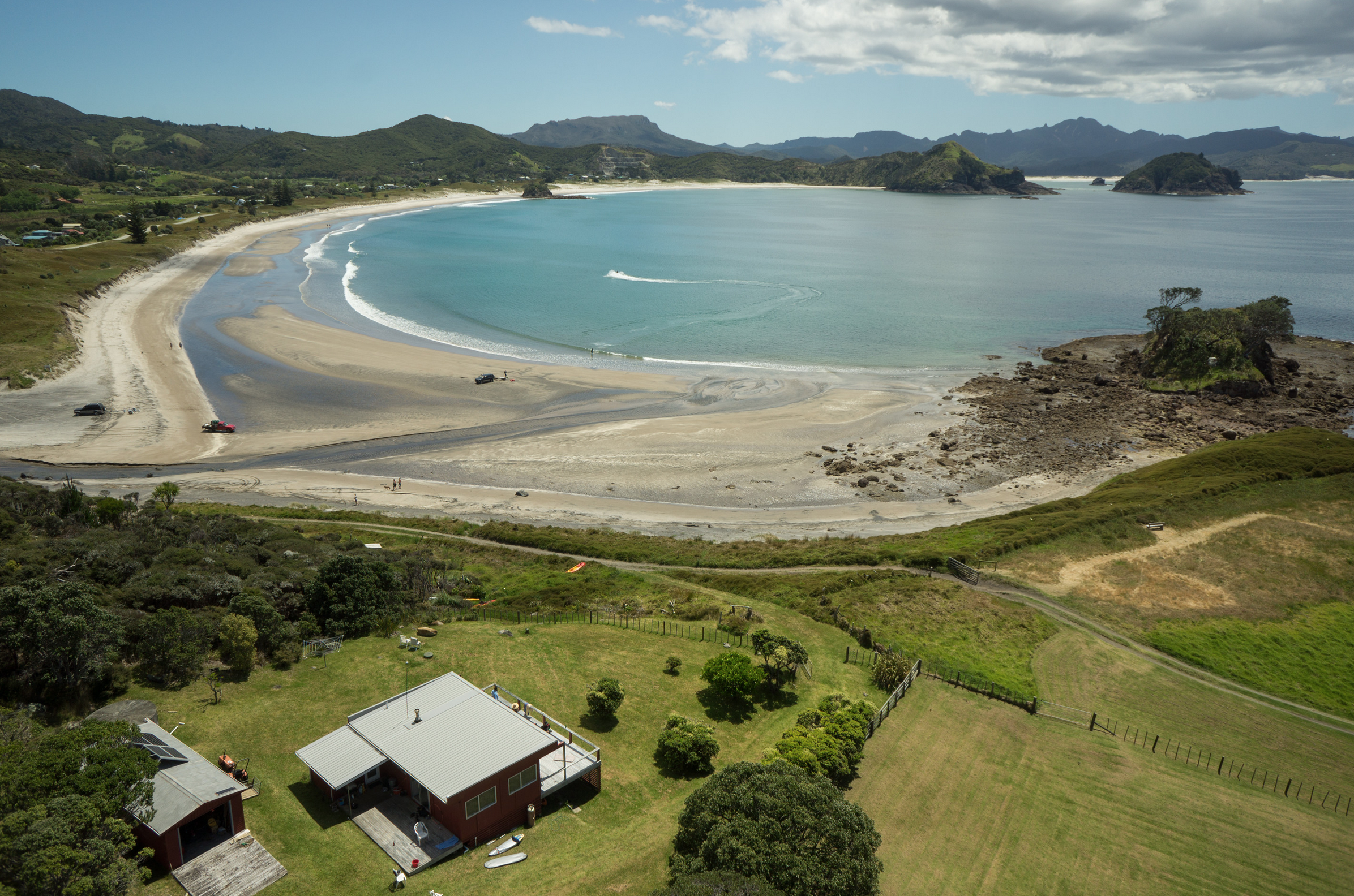 We were lucky enough to be staying in Mark's family batch on GBI; backyard beach, anyone? Thanks so much for having us all to stay. Photo: Glenn McLelland,  Aerial Vision .