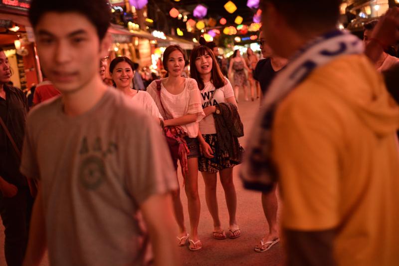 Pub Street crowds, Siem Reap