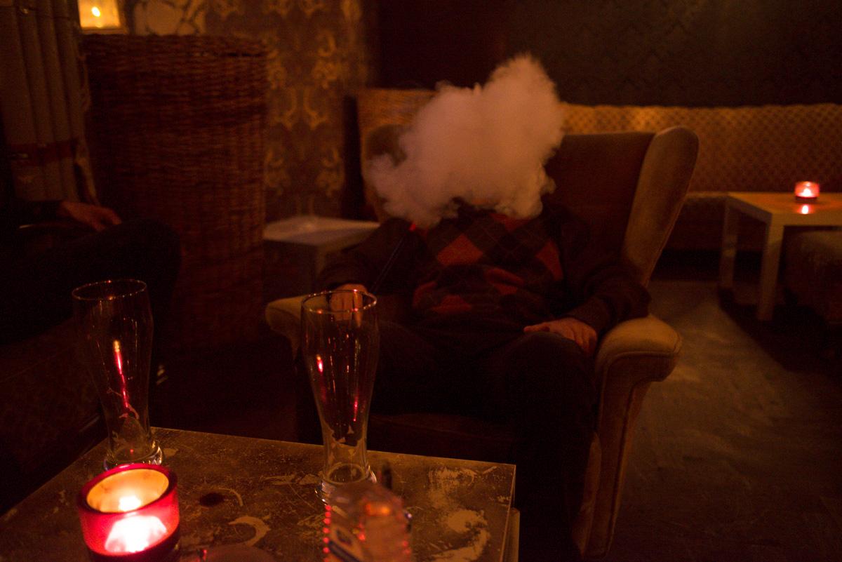 Enjoying the Turkish influence on the city - Hookah Pipe Lounge, Berlin