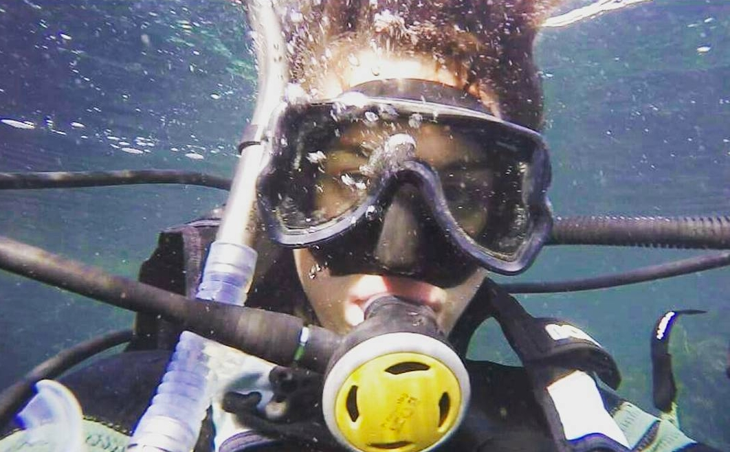 Scuba Sophi! Filming underwater with the GoPro as The Nudge performed watery maneuvers above her.