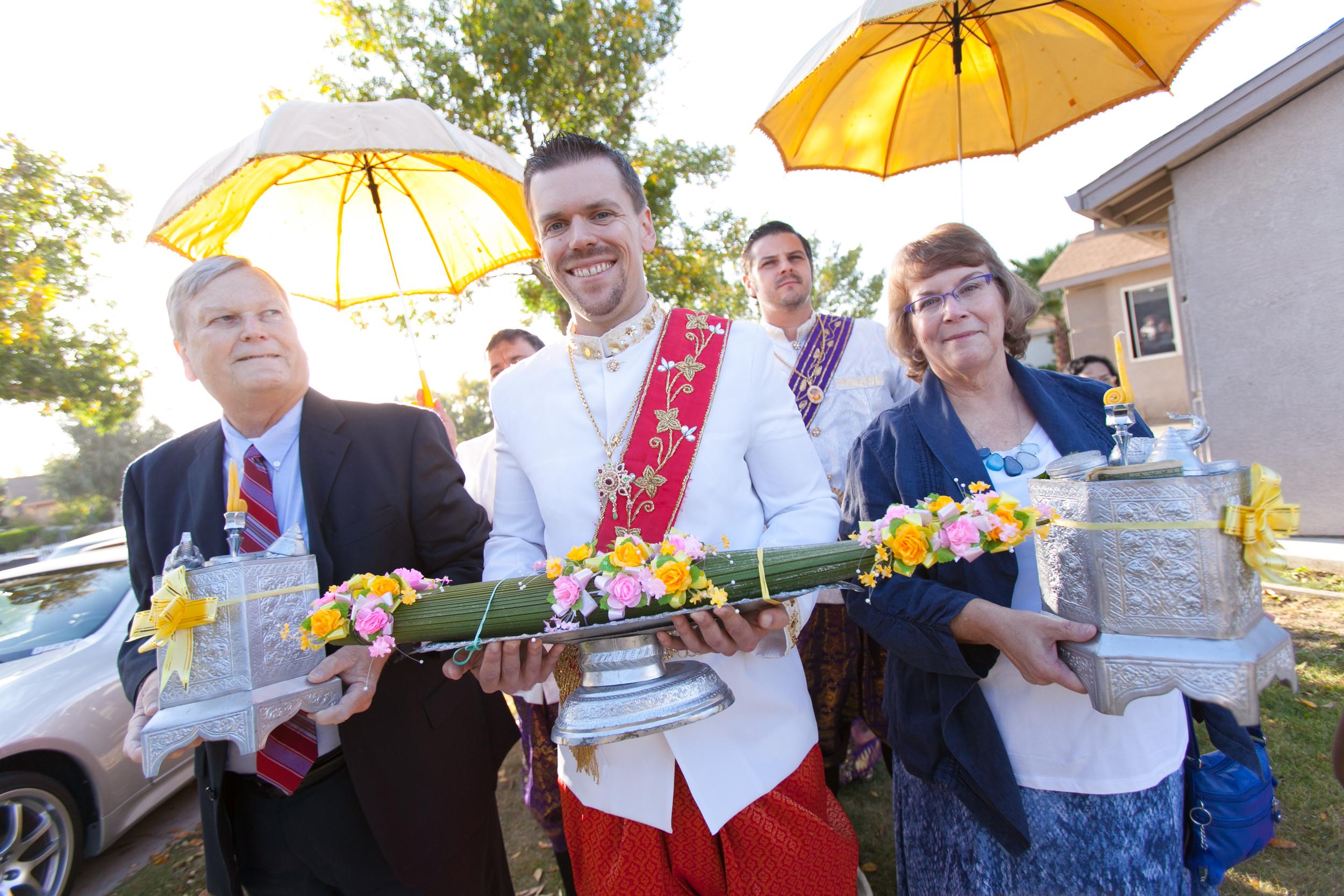Geoff and Ra Khmer Wedding-61.jpg