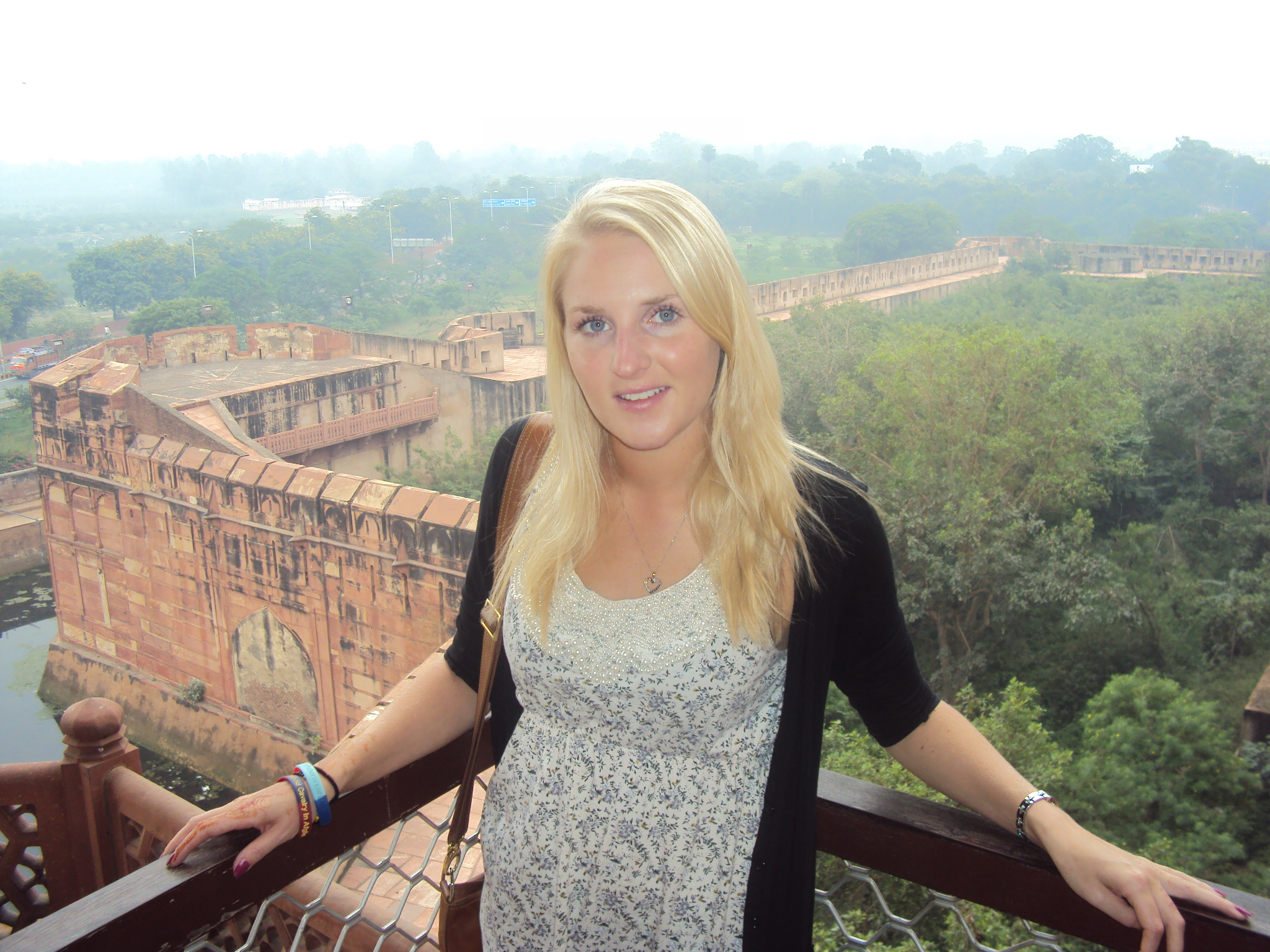 Donna in India.jpg