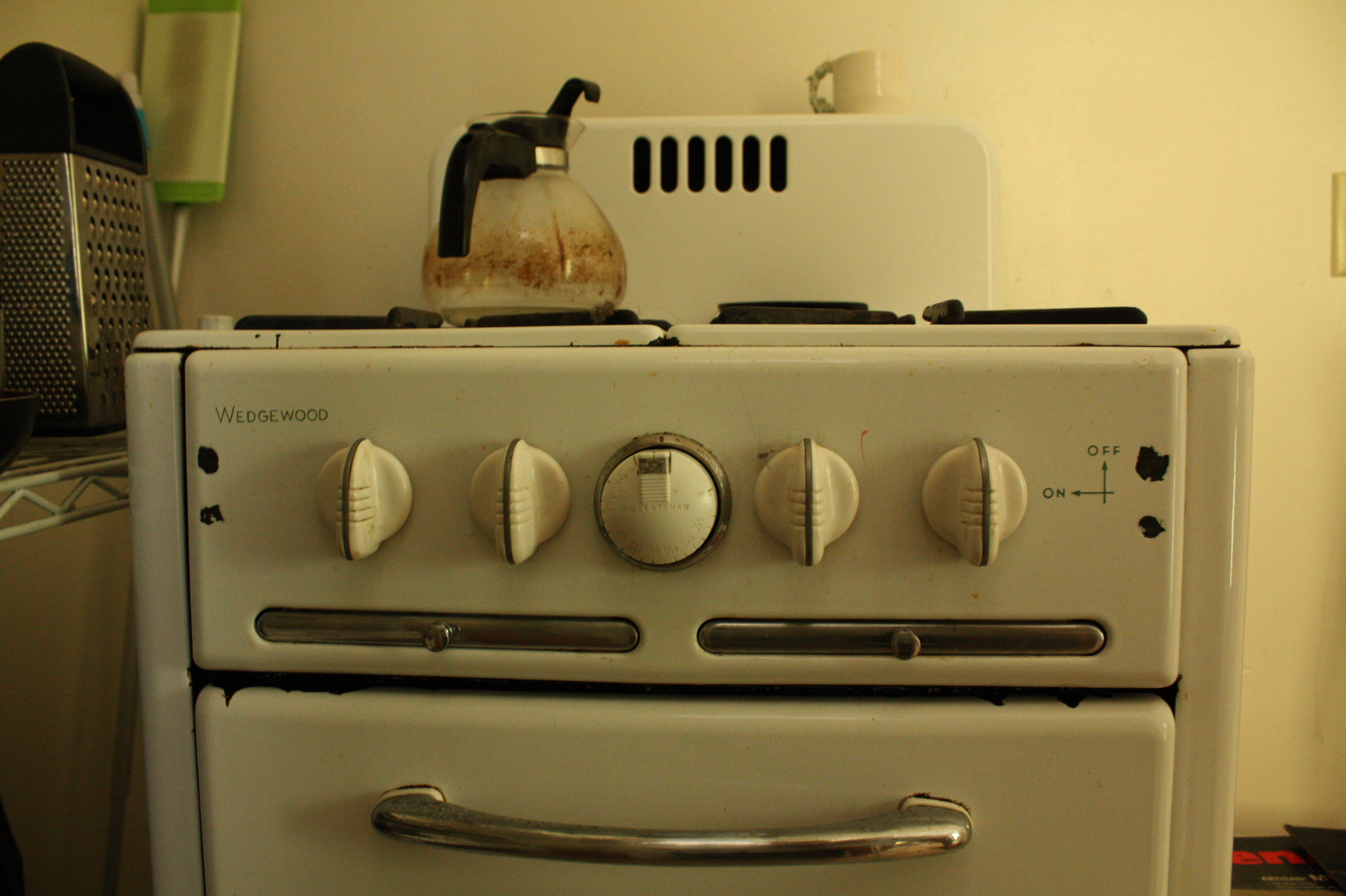 Felicia is a master baker who, as LA real estate fate would have it, has a match-light stove/oven in her kitchen. Like the mad scientist she is, she still makes masterful creations in this tiny vintage time machine.