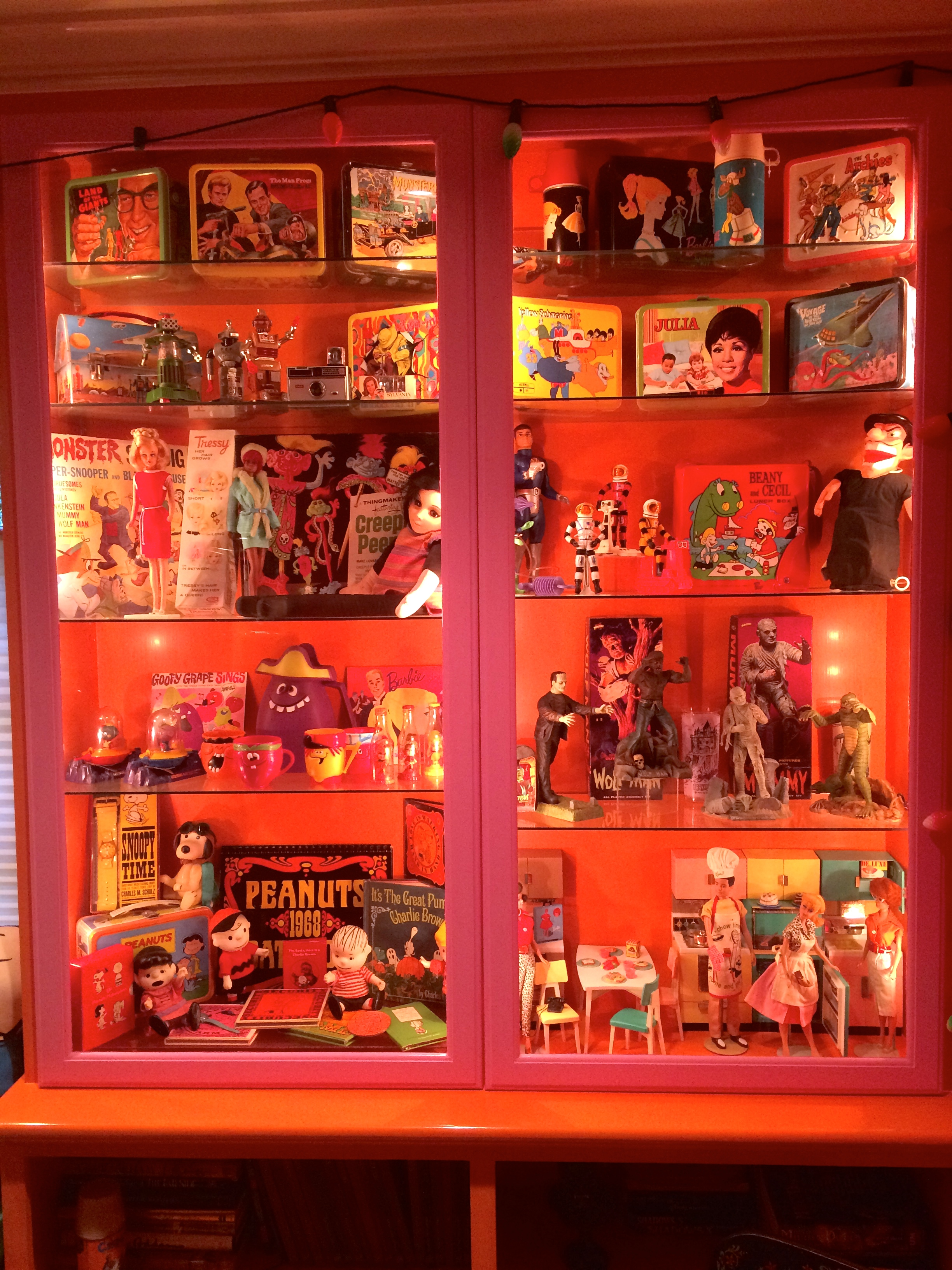 Toy cabinet 1