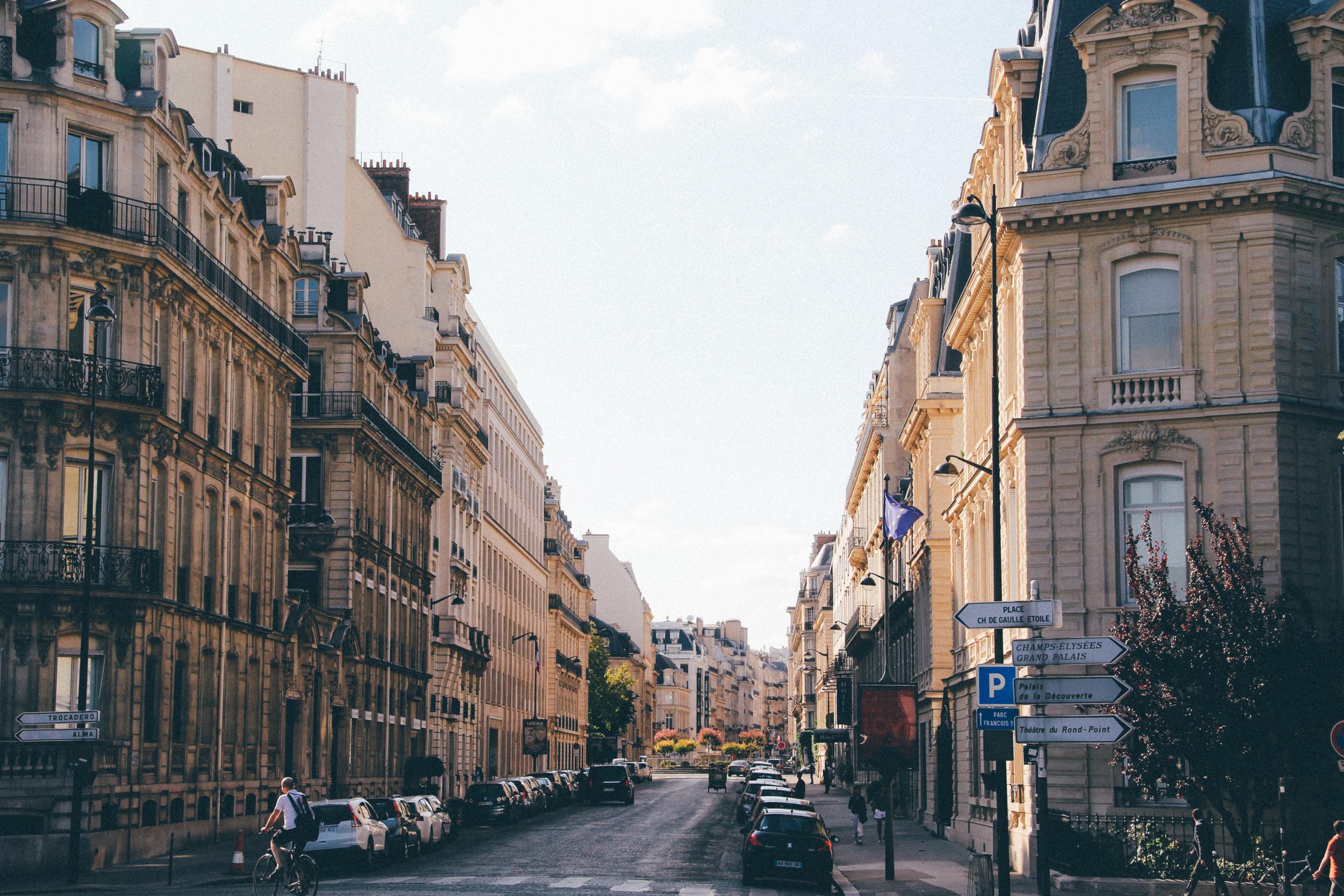 VegasTravelEurope_Paris_2015-16.jpg