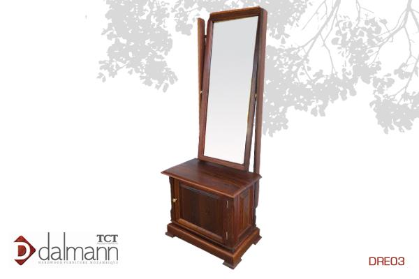 DRE03 - Classico - Pechiche/Cheval Mirror   Na  Beira - Mt15,999.99/ c  om TPT - Mt18,199.99  670mm (Comp) x 410mm (Larg) x 1600mm (Alt)