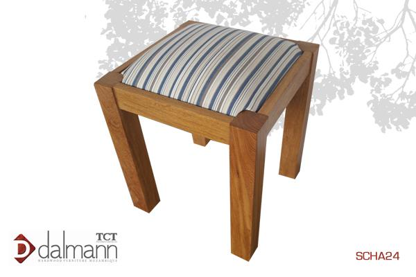 SCHA04 - Sangussi - Banquinho/Dressing Table Stool  A partida/From   Na  Beira - Mt3,699.99/ c  om TPT - Mt4,199.99