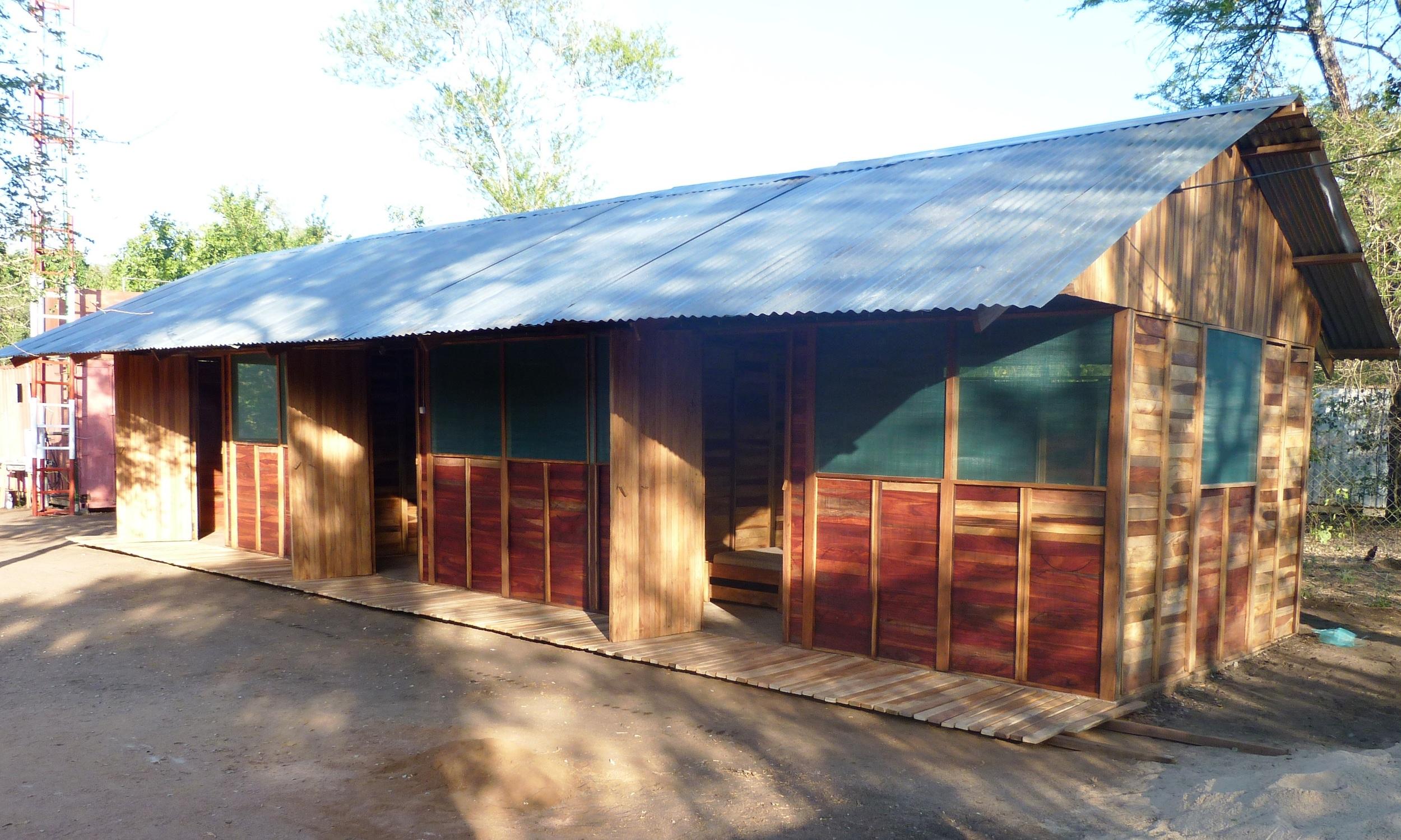 Um dos dois dormitórios, com a capacidade para 18 estudantes ficarem hospedados  - One of the two dormitories at the budget training, a maximum of 18 students can be accommodated