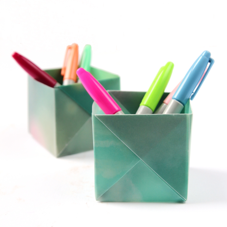 Crafts, DIY - How to Make Pen Stand, Origami Pen Holder, Paper ... | 750x750