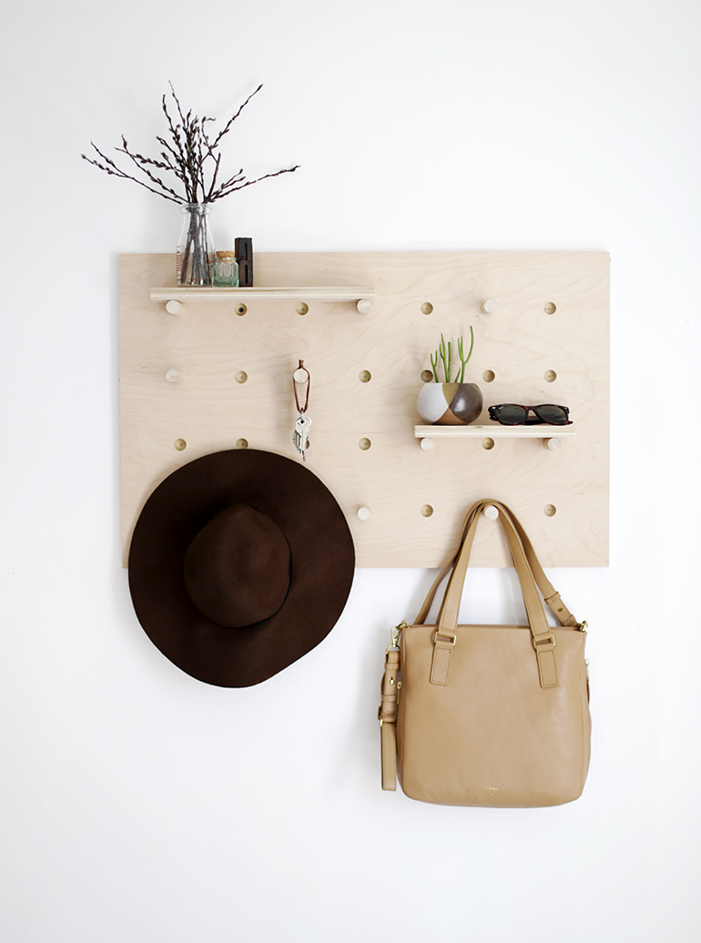 DIY PEGBOARD WALL ORGANIZER from The Merrythought